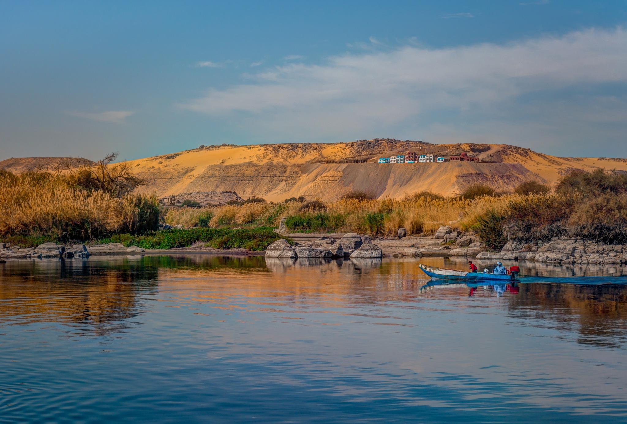 Landscape in Aswan  by Haytham Alhefnawy