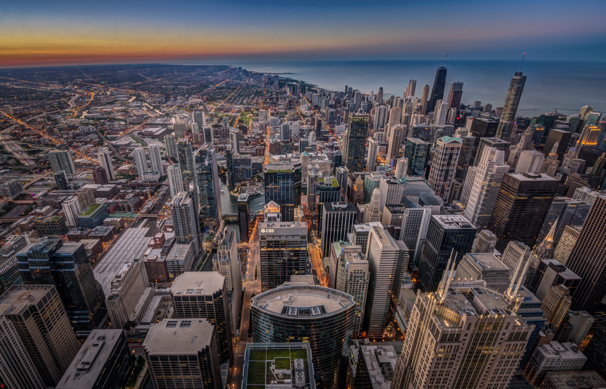 chicago  by Haytham Alhefnawy