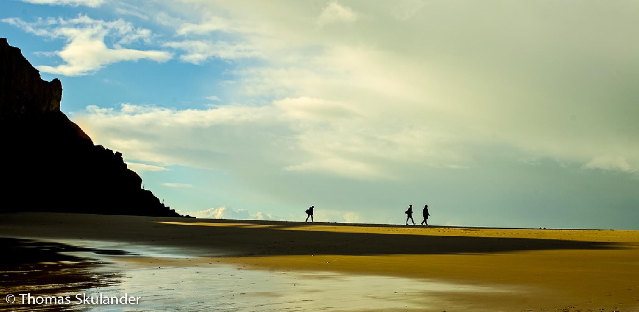 Tenby Beach by Thomas Skulander