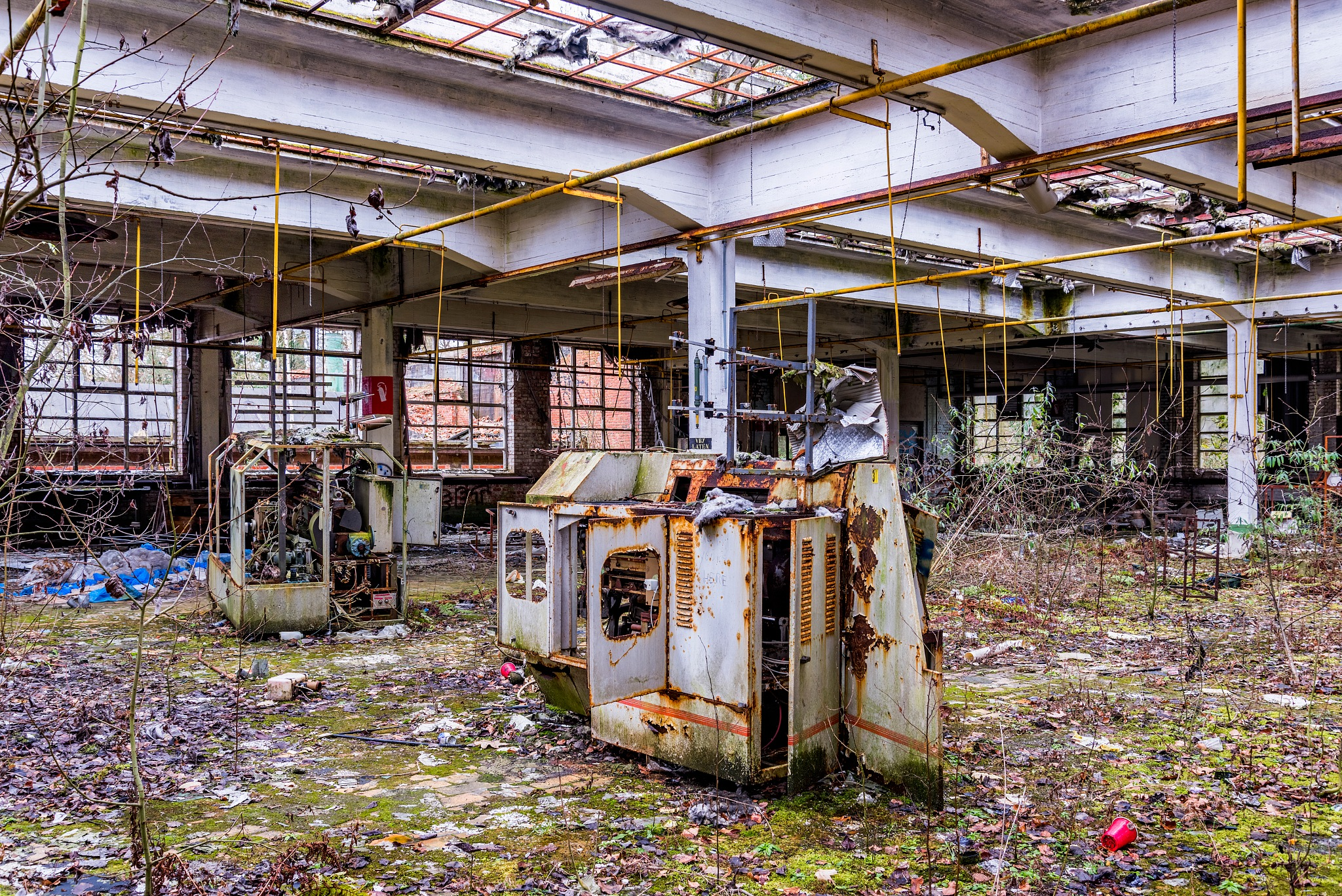 Photo in Industrial #abandoned #factory #urbex #urban #exploring #exporation #decay #industrial #hdr #textile #usine