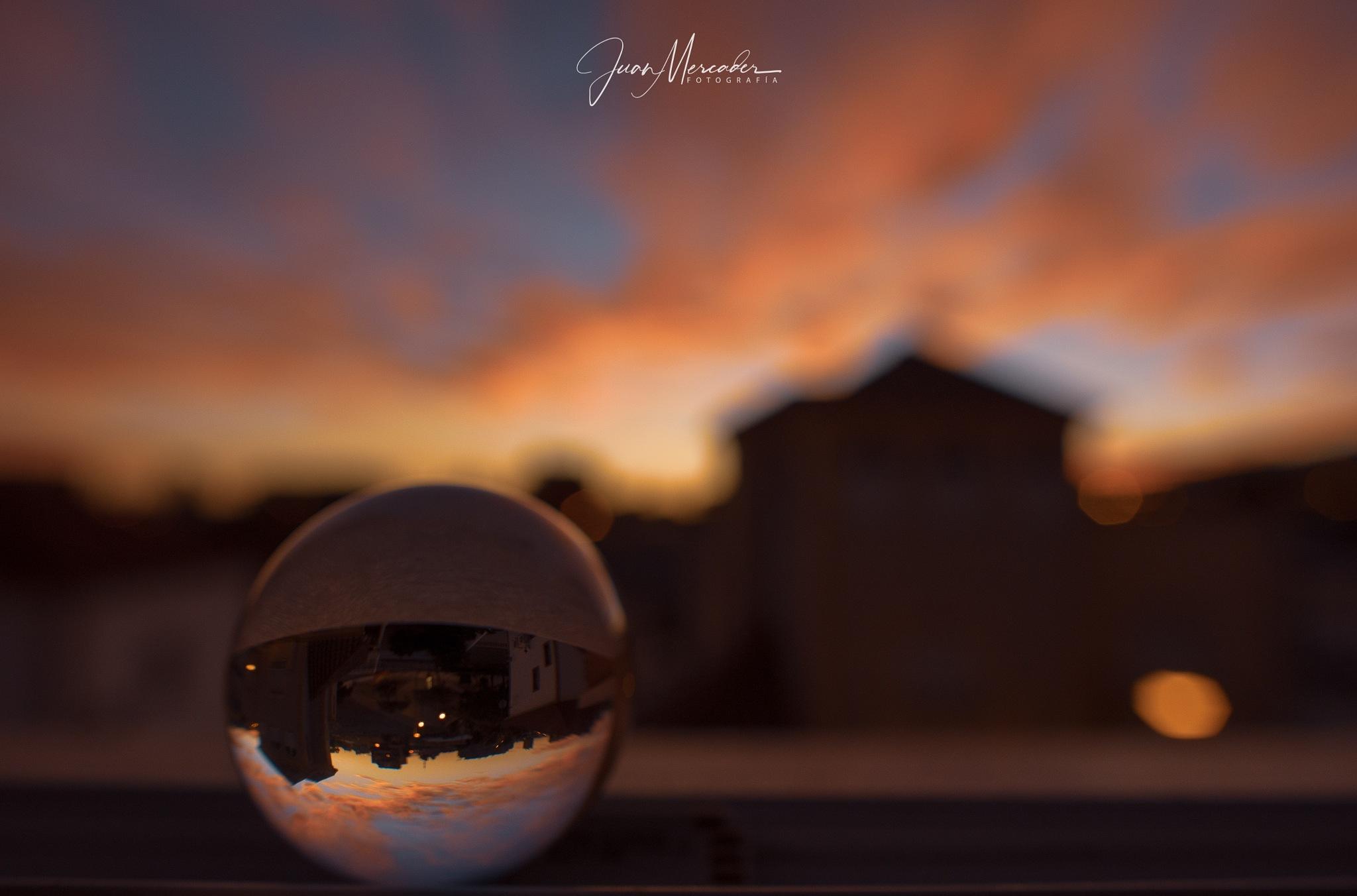 La Bola de Cristal by JuanMercader
