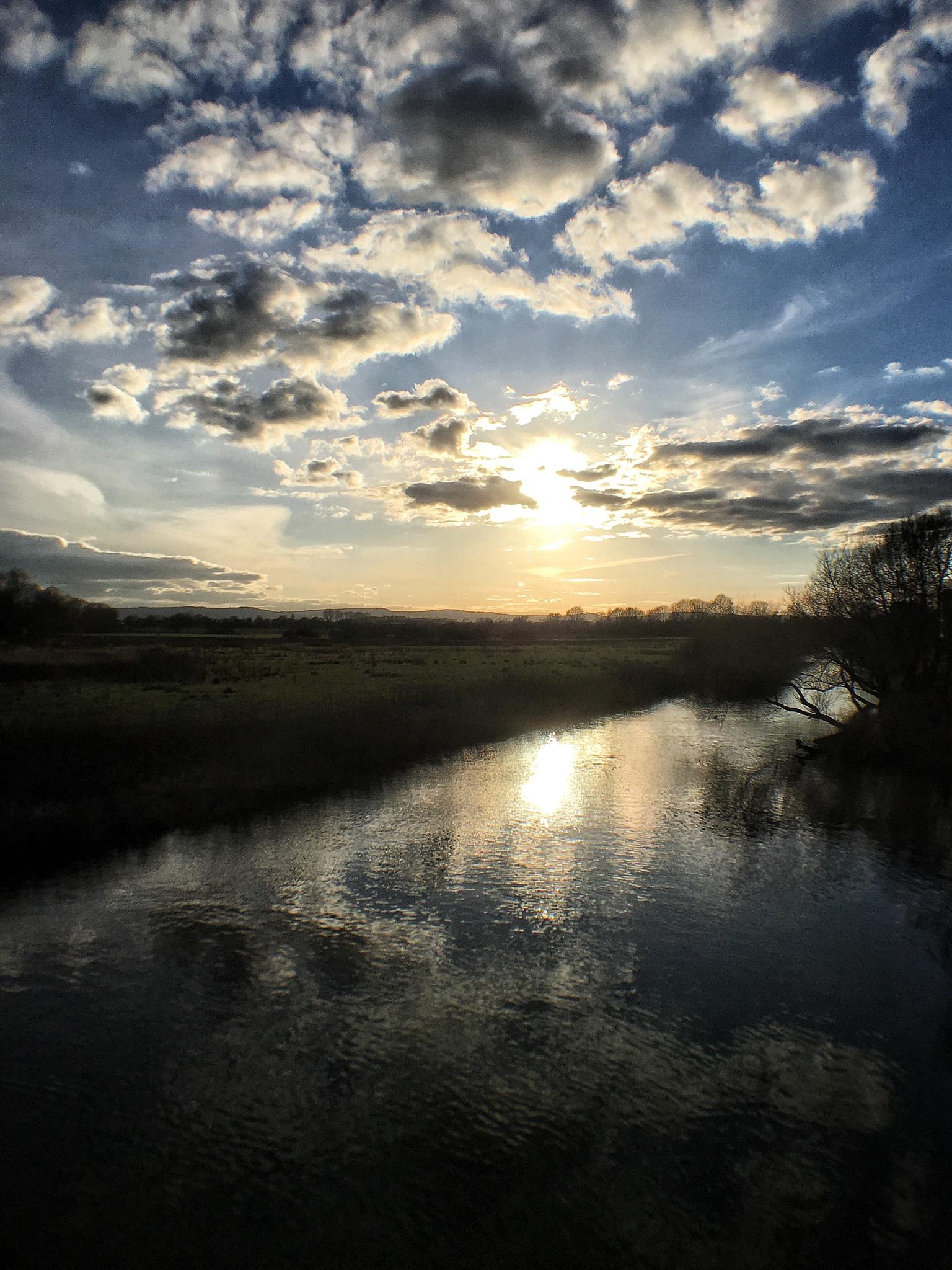 Sunday sunset  by beaniedee