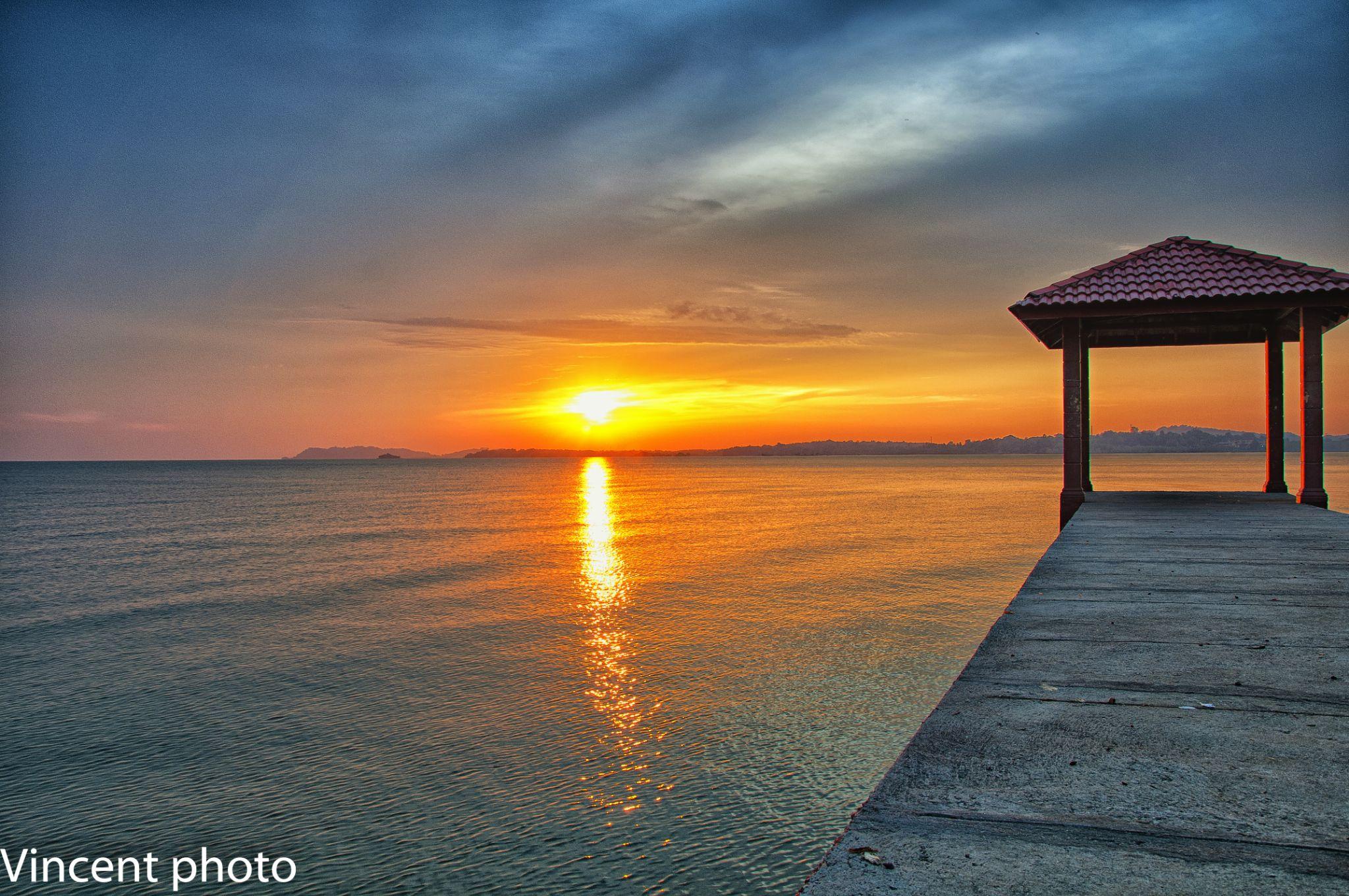 sunset by vincentkfyan
