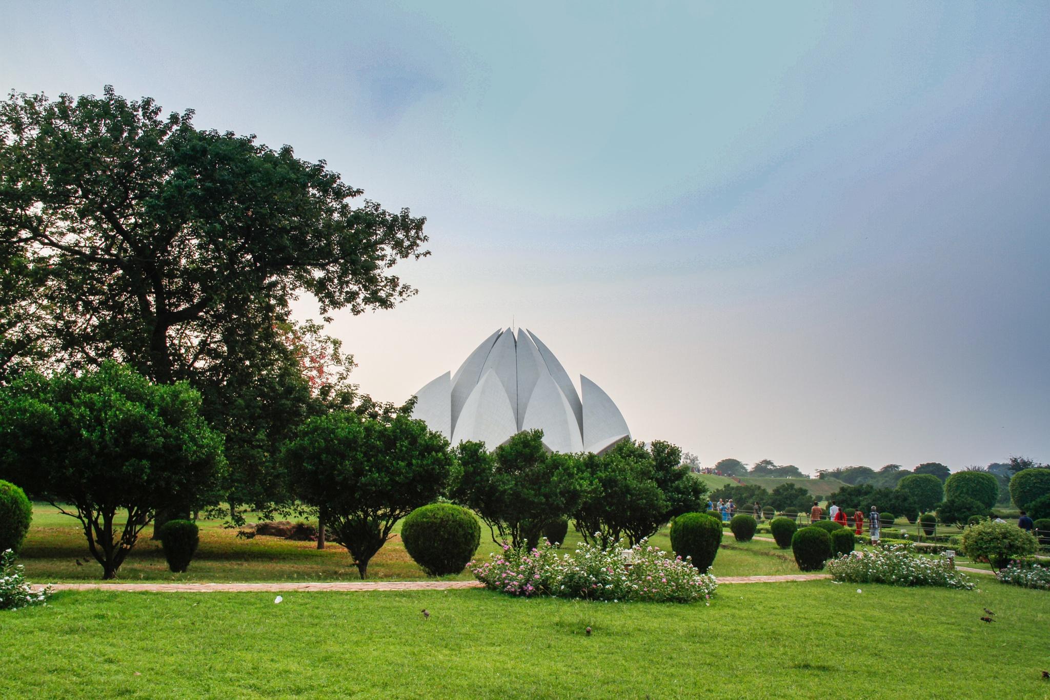 Lotus Temple, Delhi by Shiva Rajvanshi