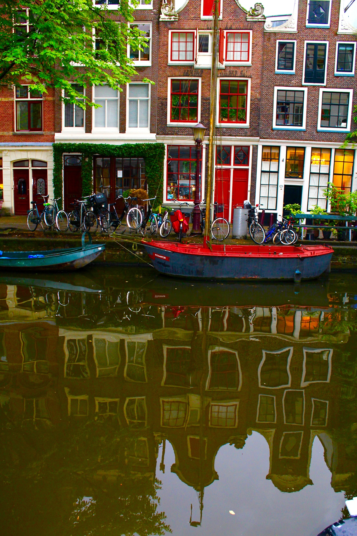 in the port of amsterdam by waldelbe