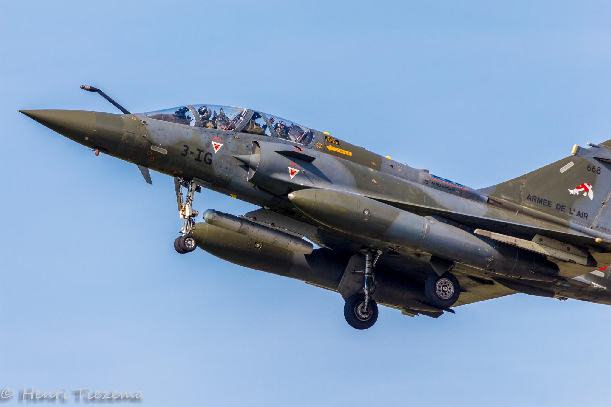 Mirage 2000  by Henri Tiezema