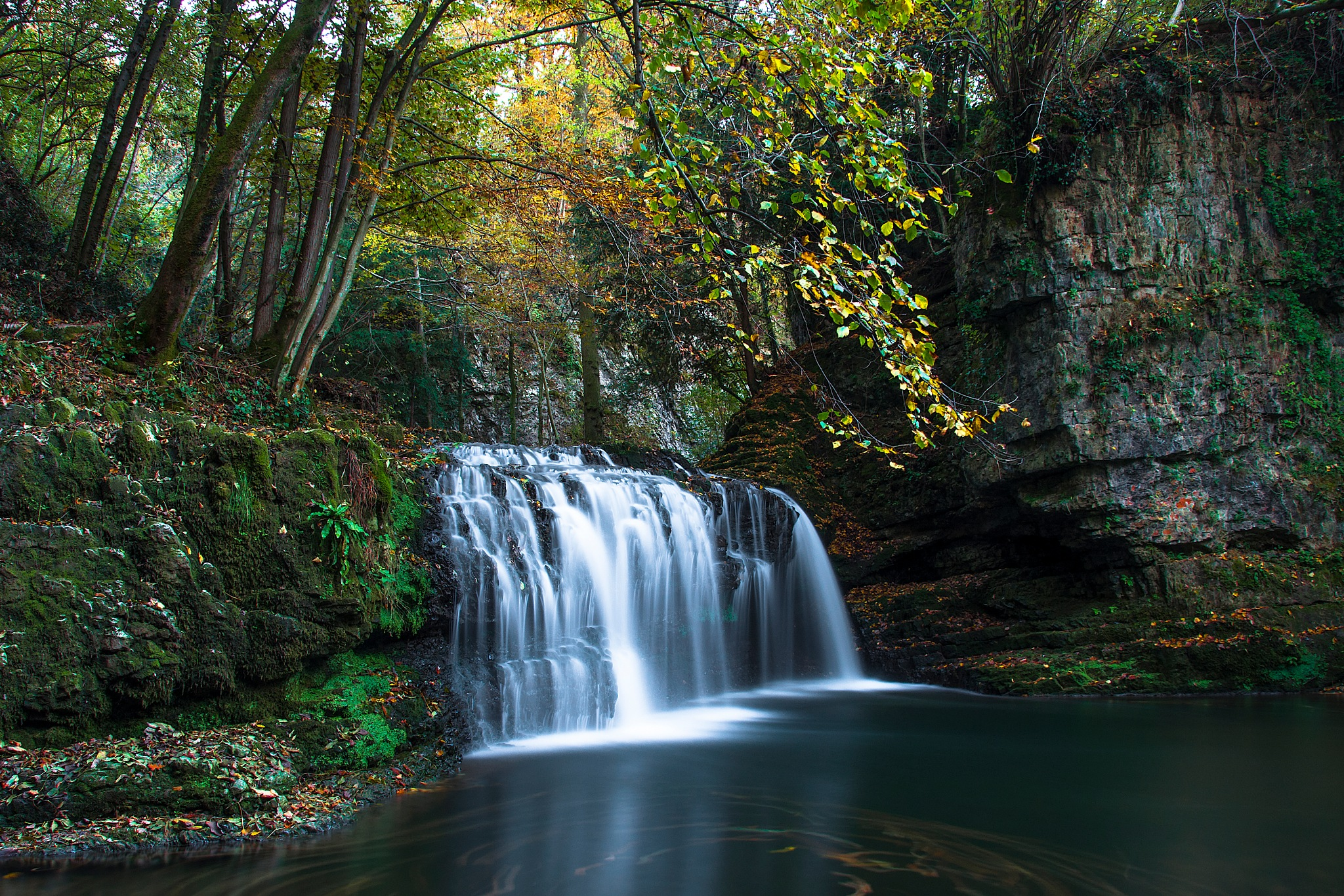 Cascata Fermona - Fermona waterfall  by Simone Cortese