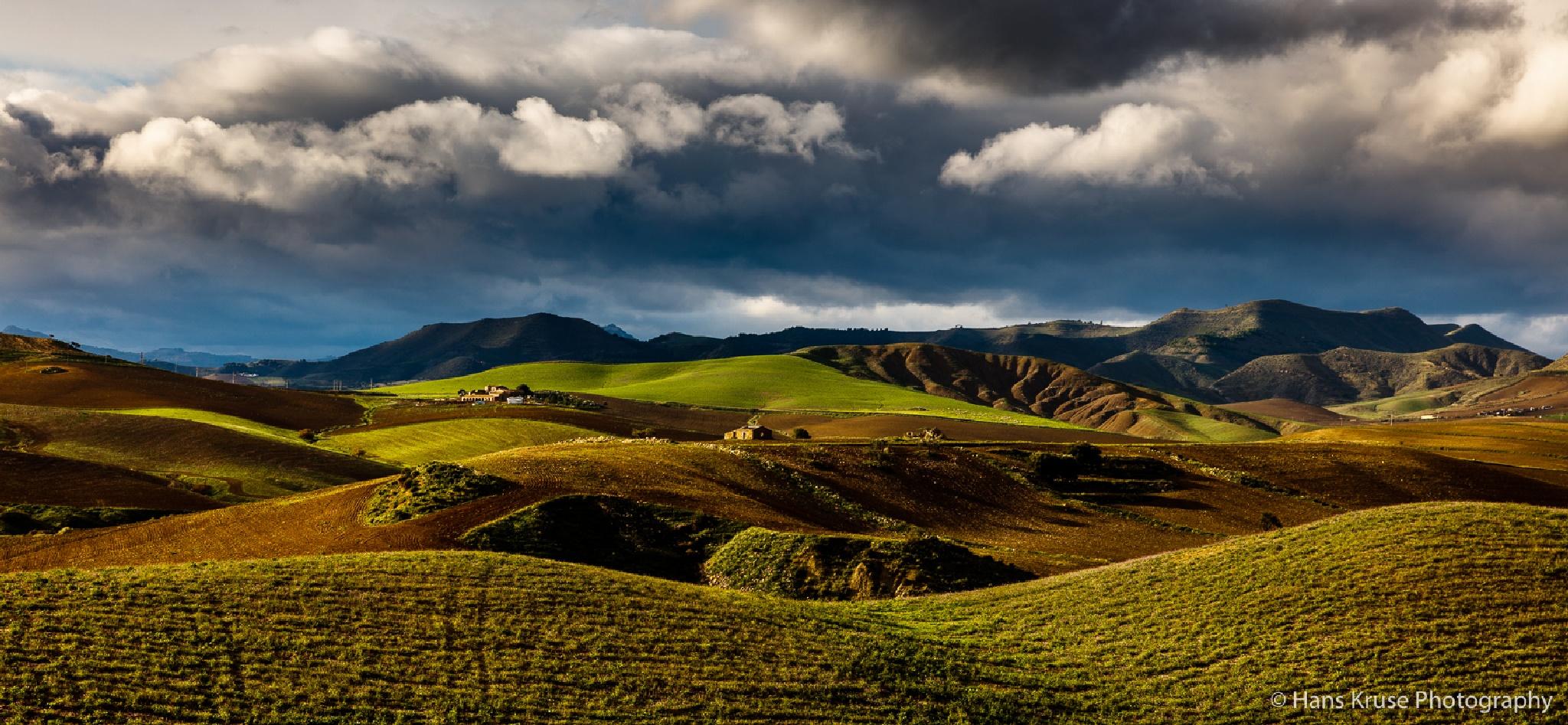 Rural Sicilian landscape by Hans Kruse