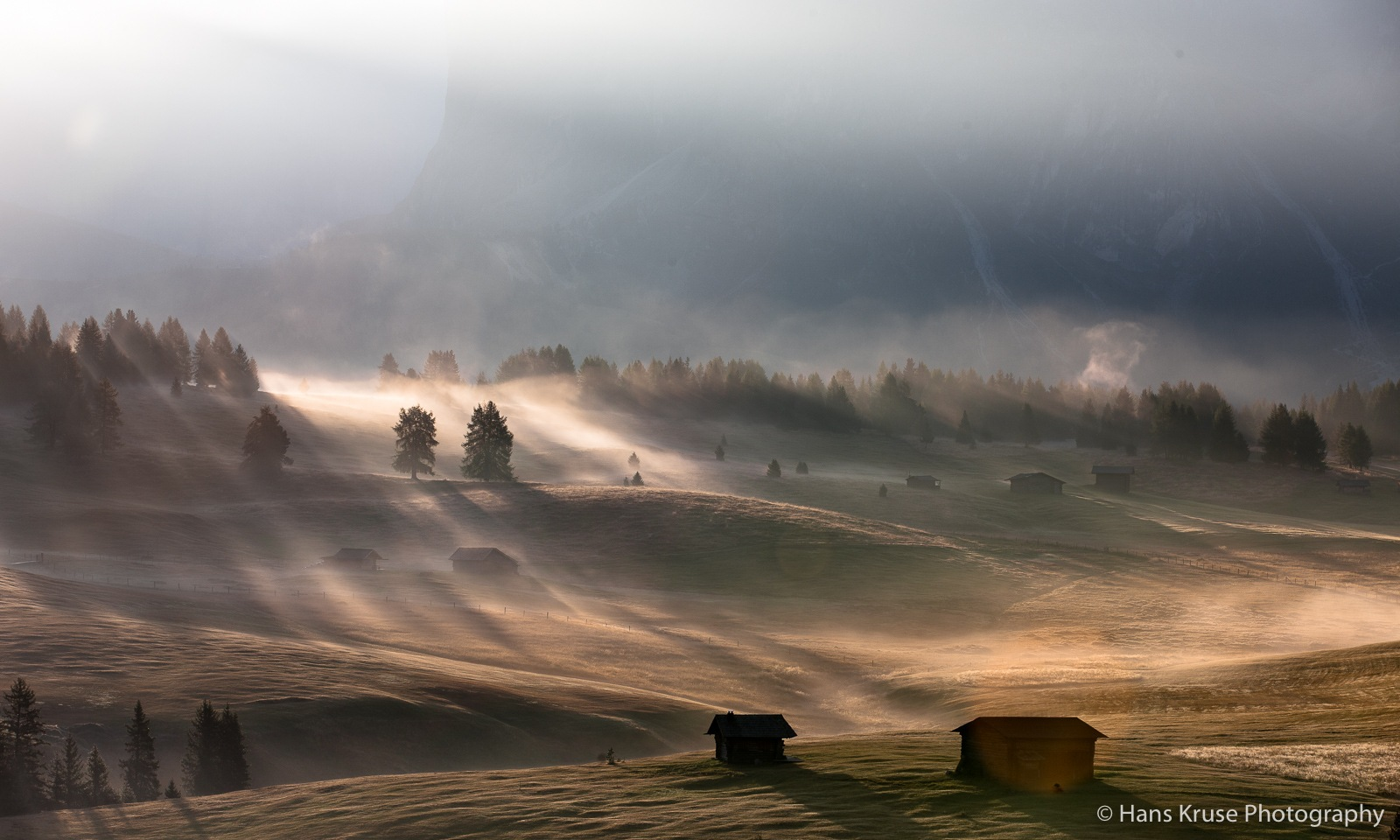 Morning light in Alpe di Siusi by Hans Kruse
