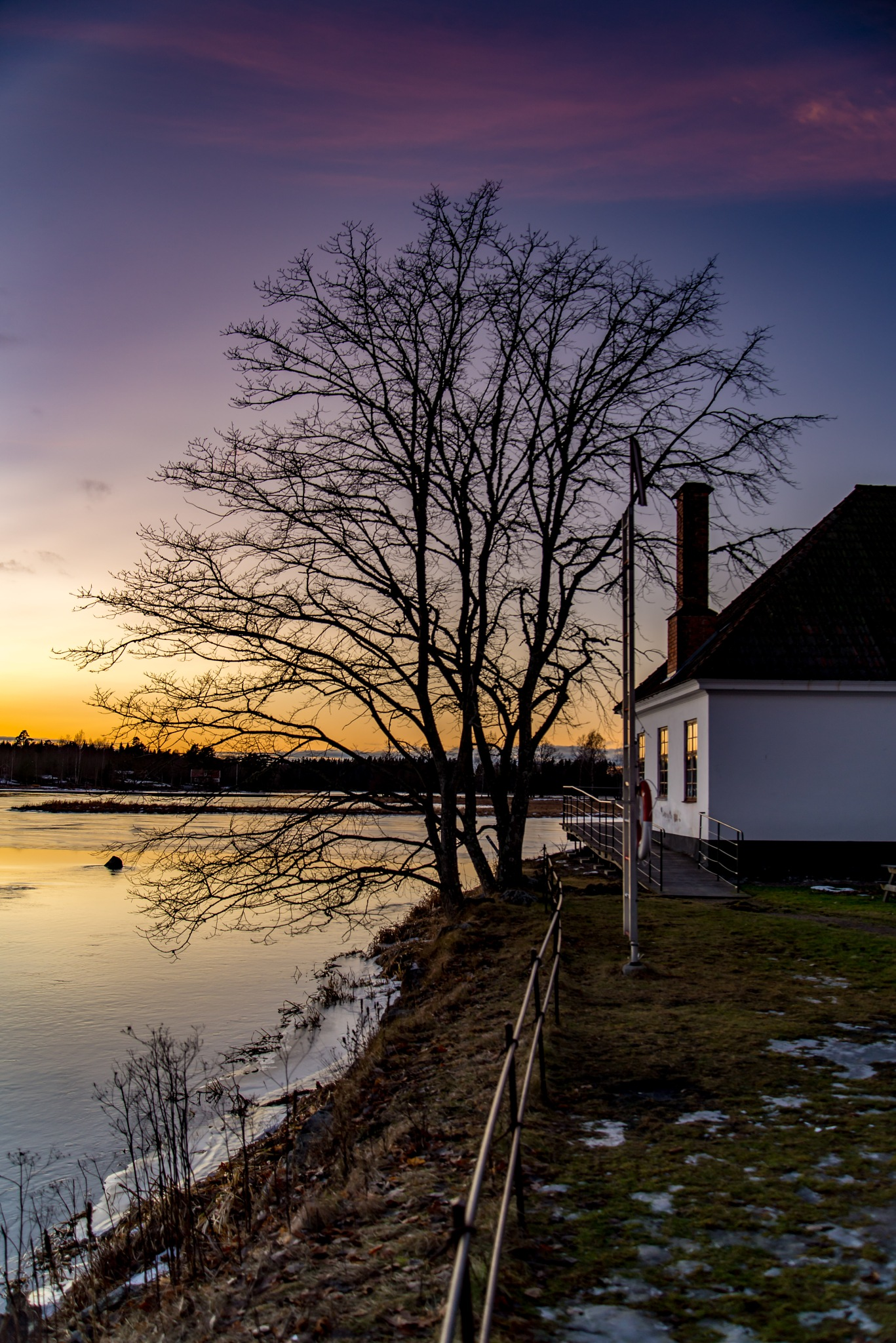 Sunset reflections by RogerF
