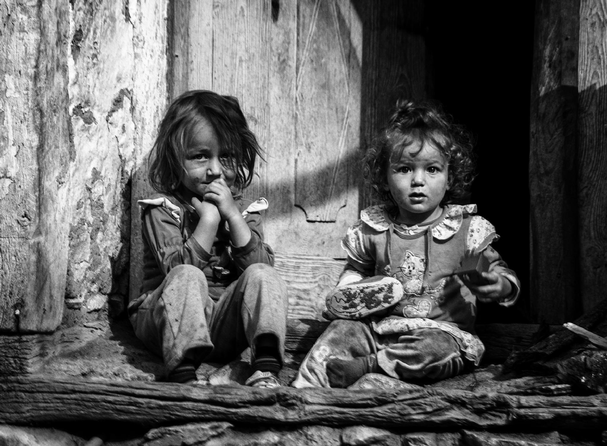 Two Girls by Erol AYYILDIZ