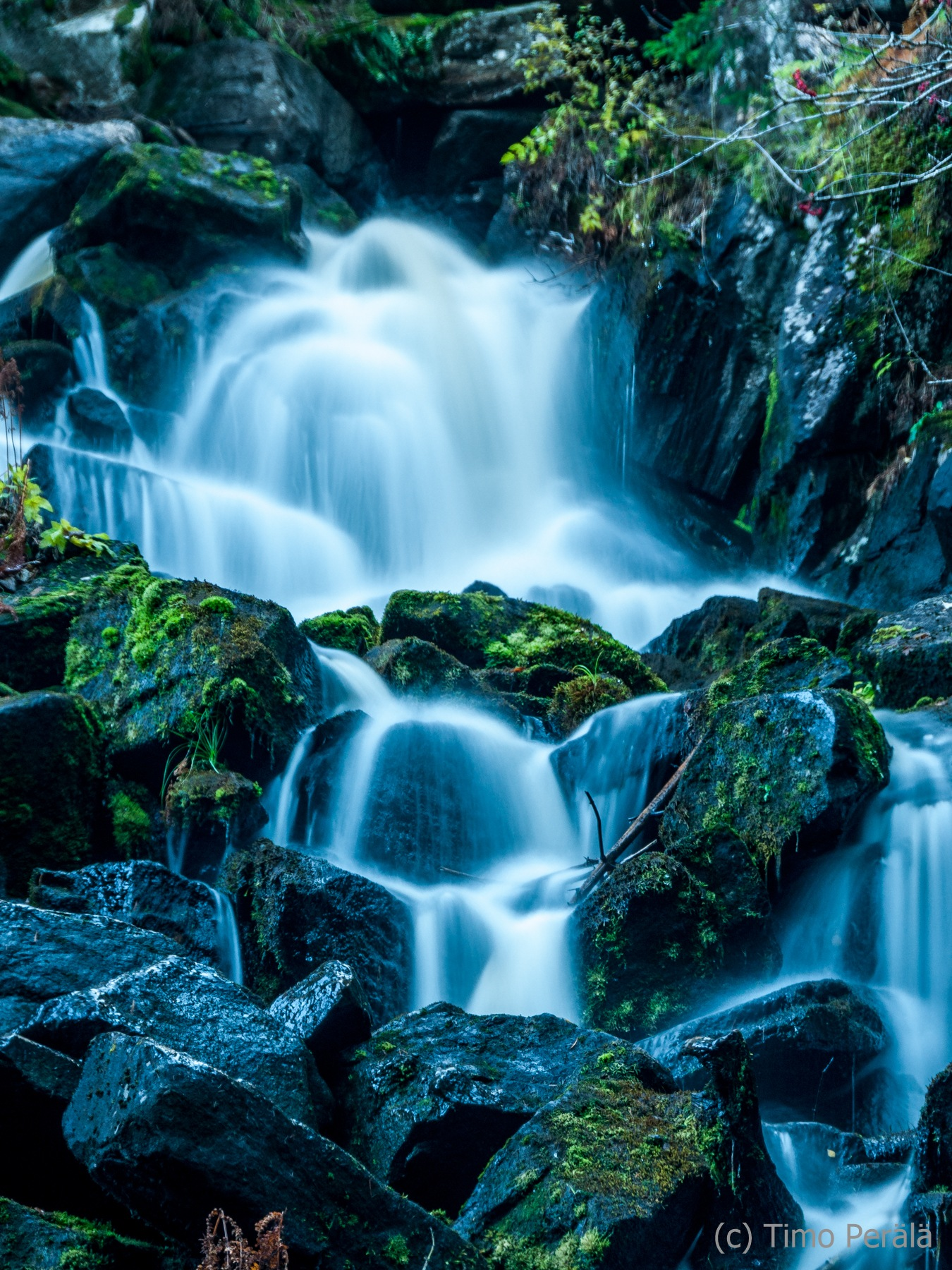 Water flow by Timo Perala