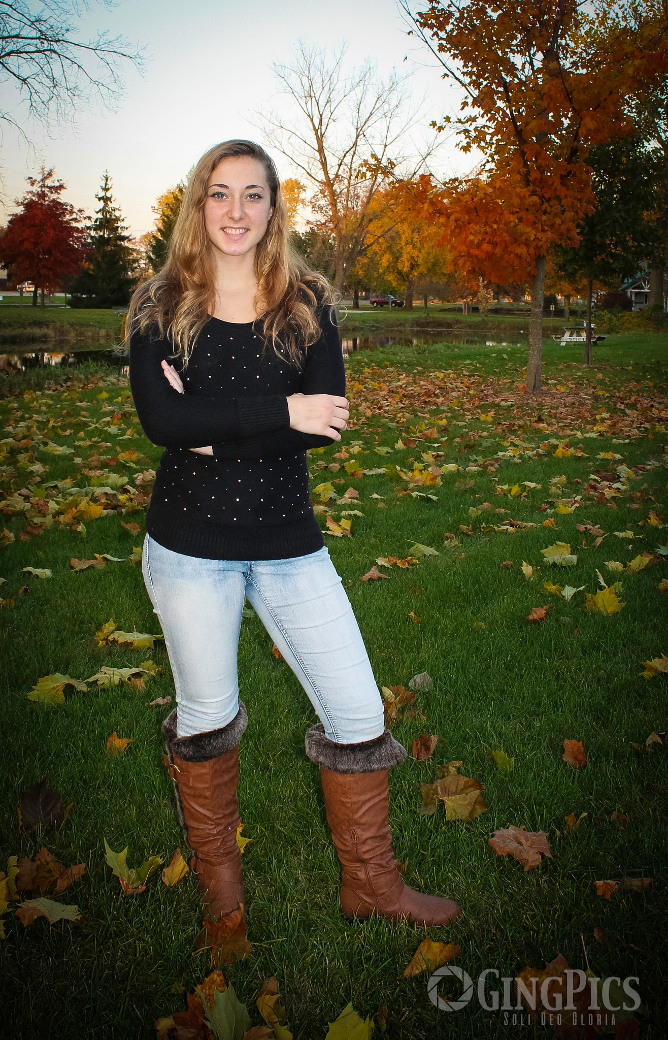 Fall Senior Pictures by GingPics