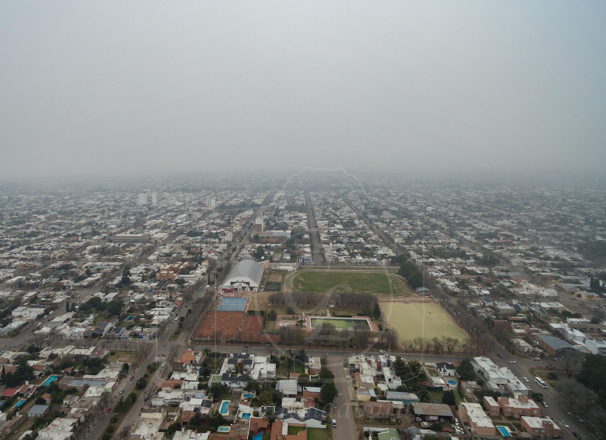 Under the Fog by clarandaburu
