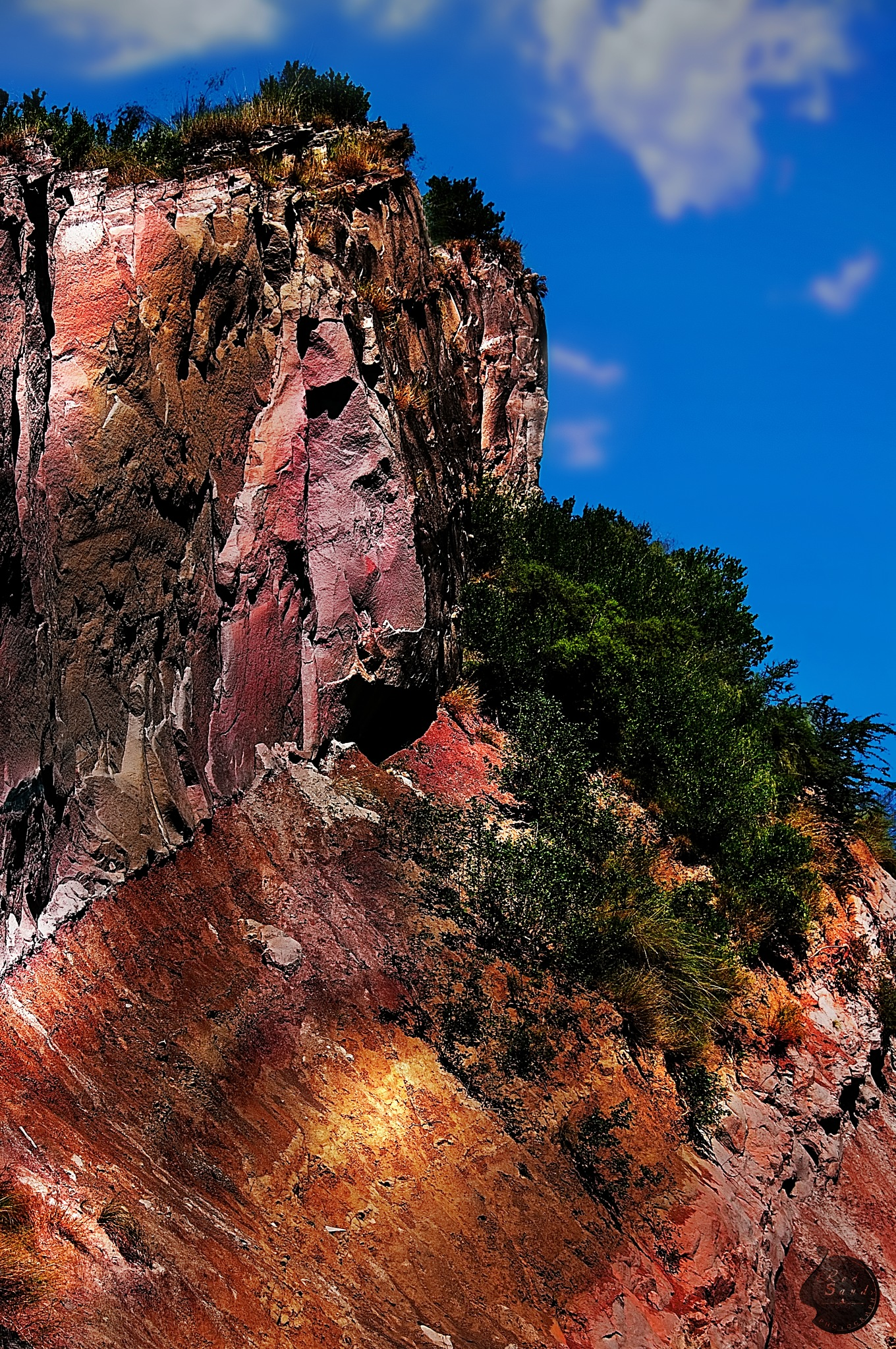 Hidden  vibrancy by Red Sand