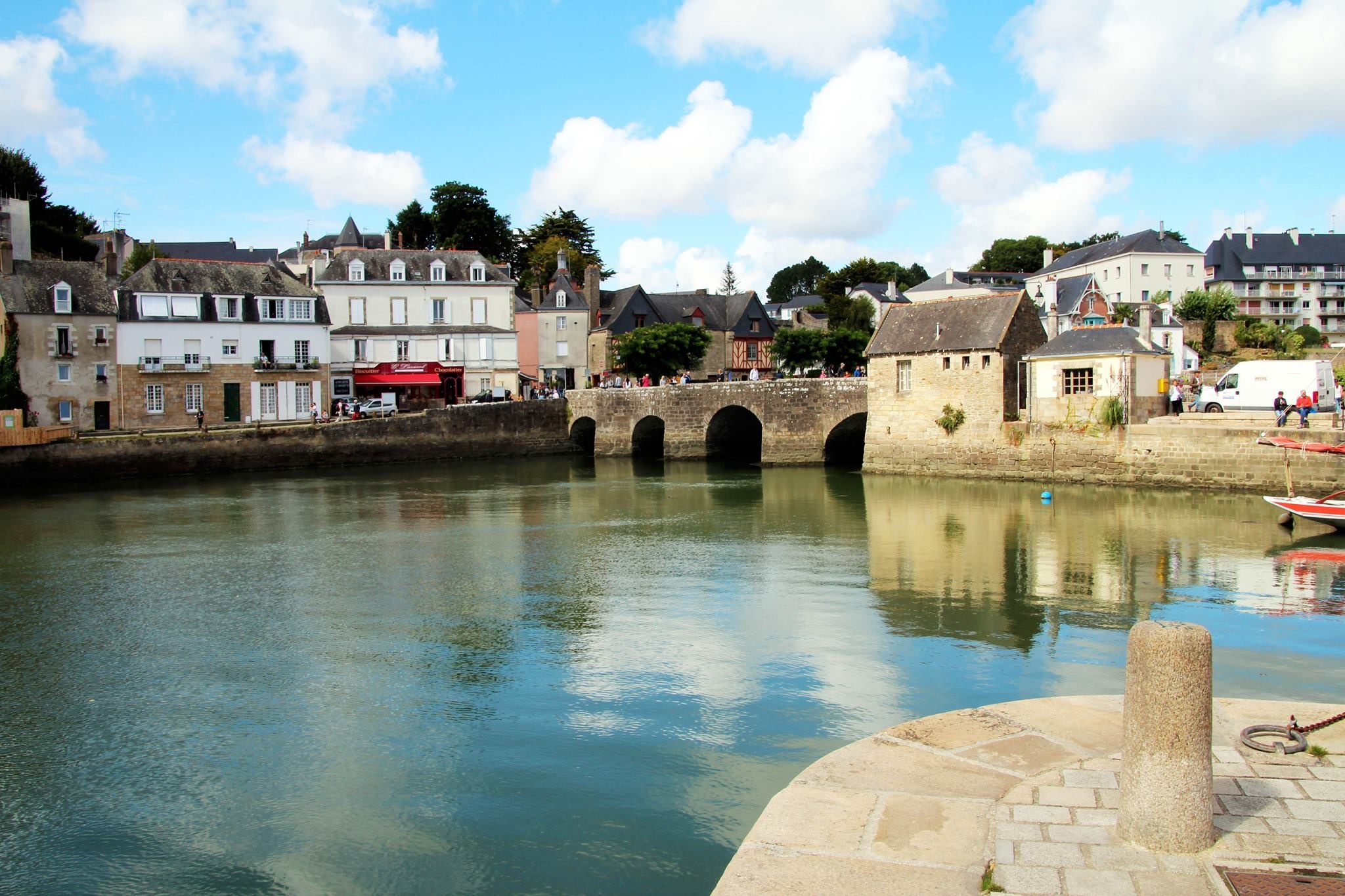 Auray 2 by Joe Boyes