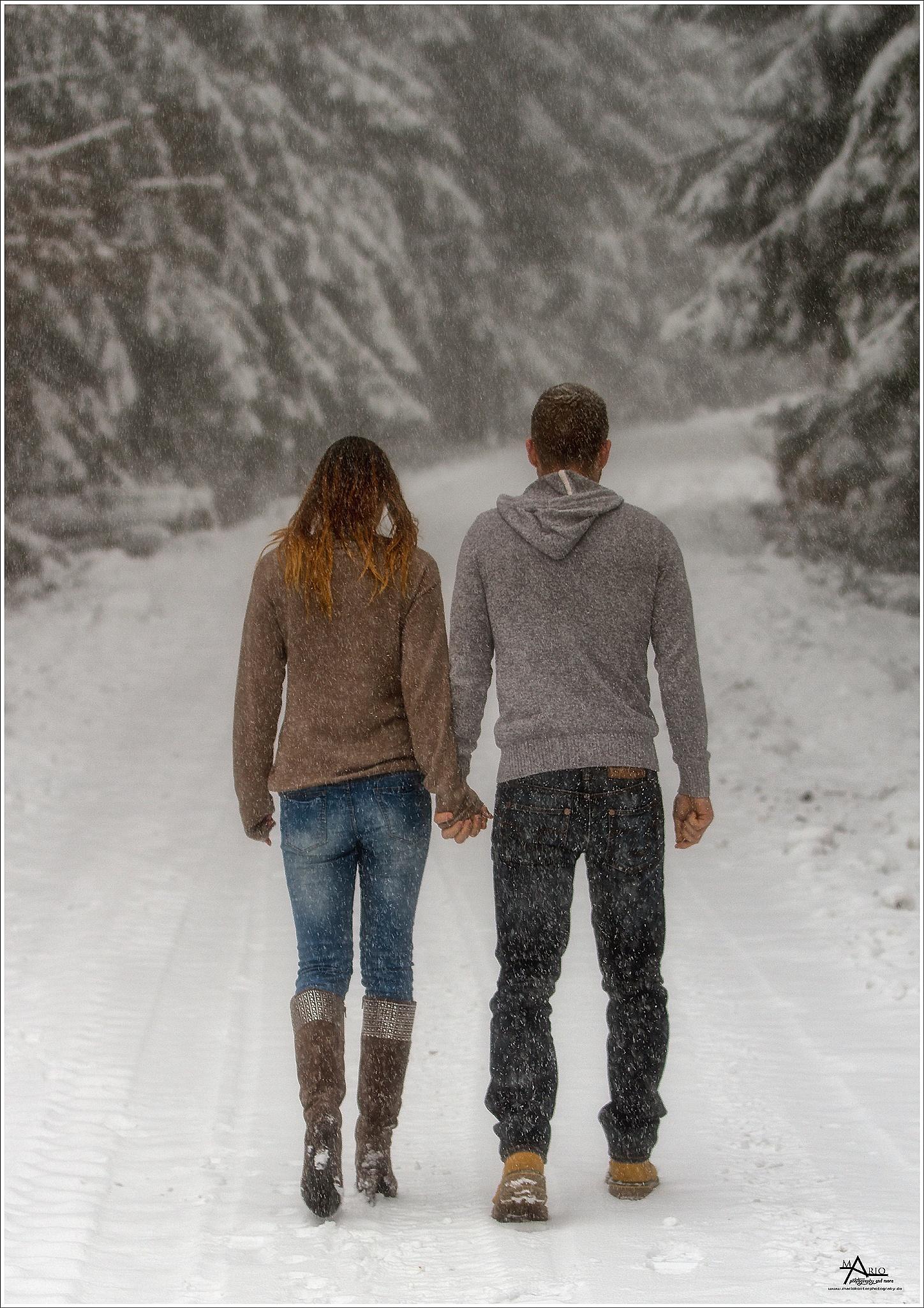 ...snow scene one... by Mario Konter