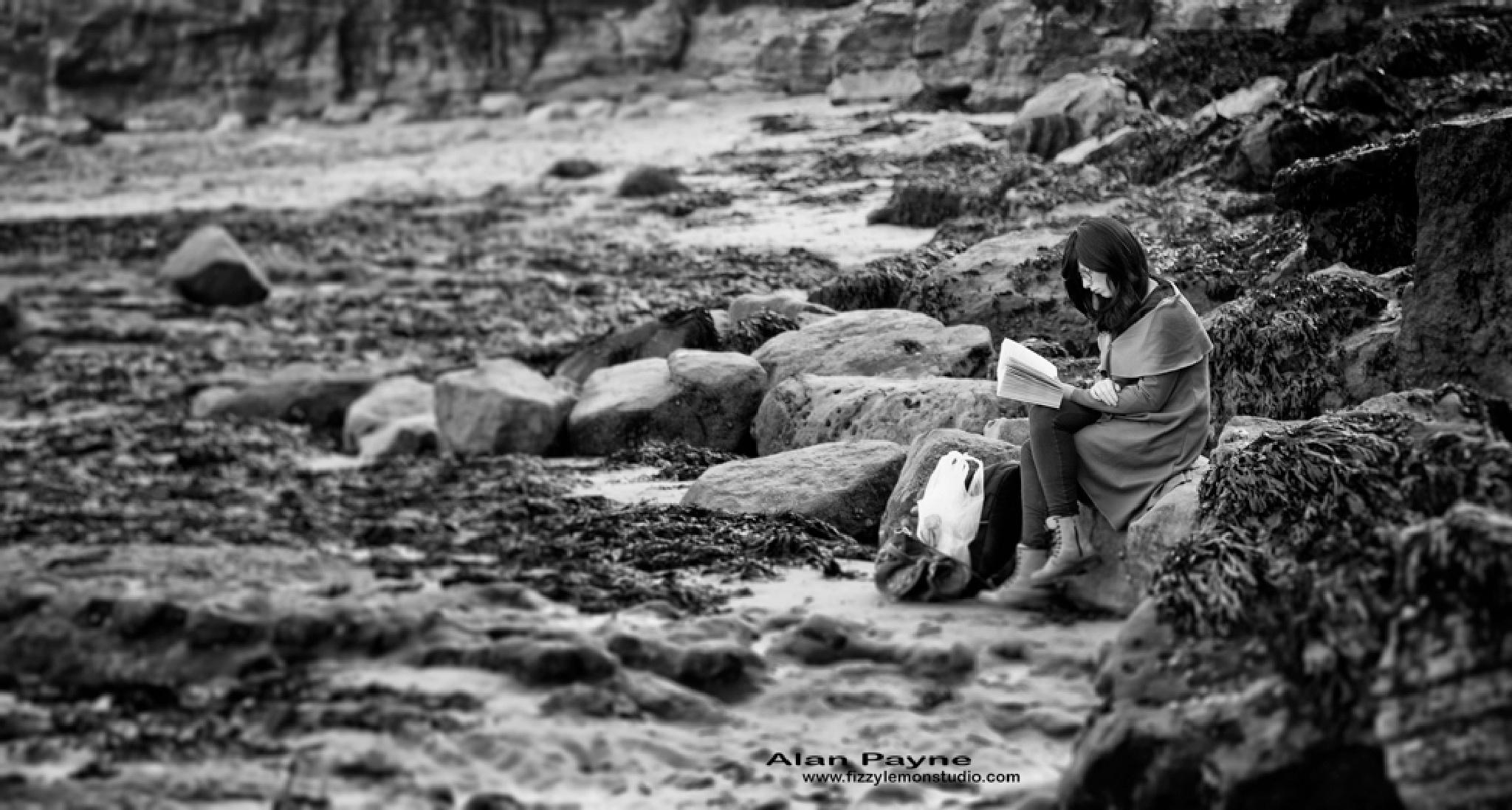 Somewhere for a quiet read by alanpayne_fizzylemonstudio