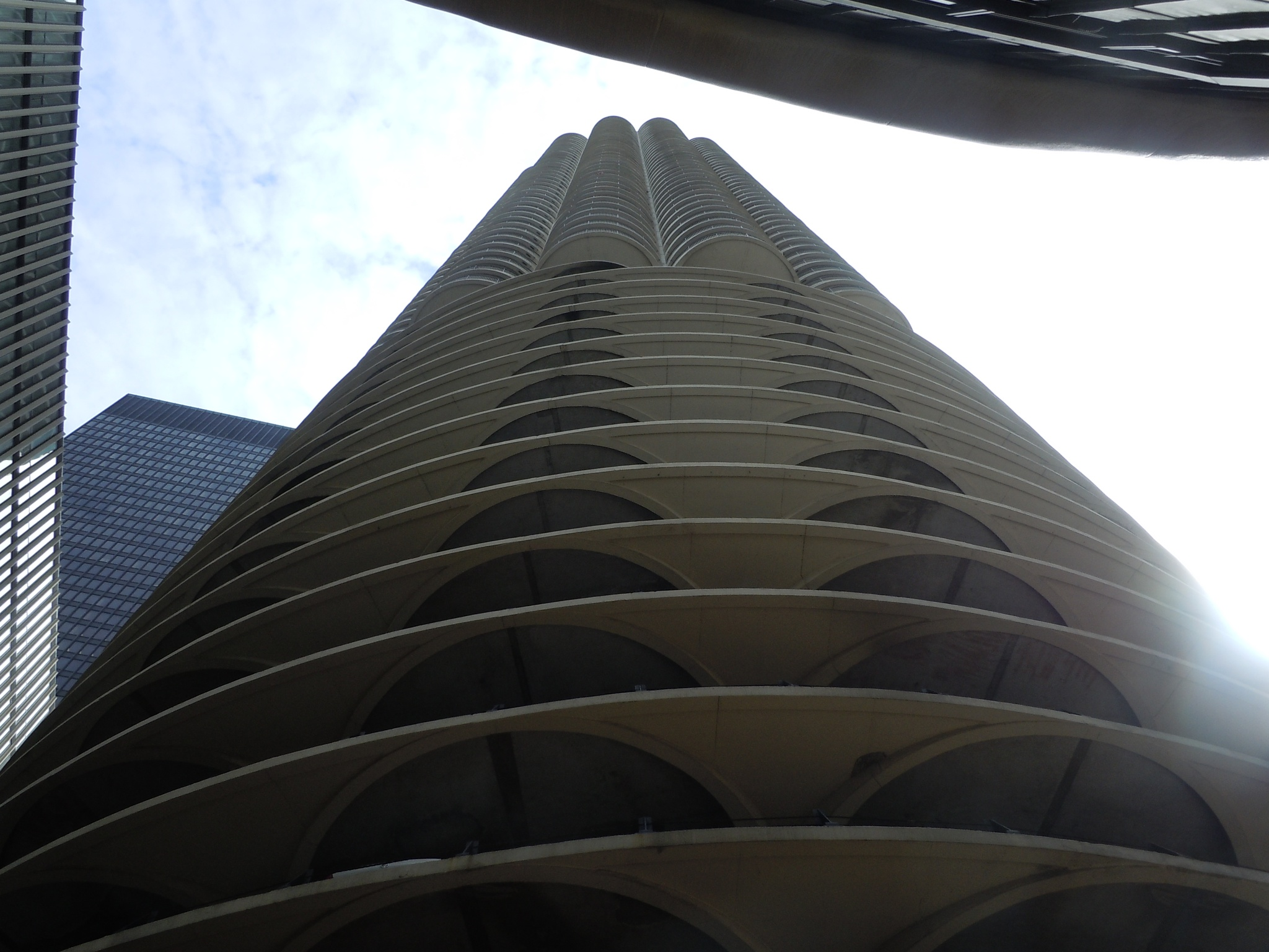 Marina Tower, Chicago by F J Bering