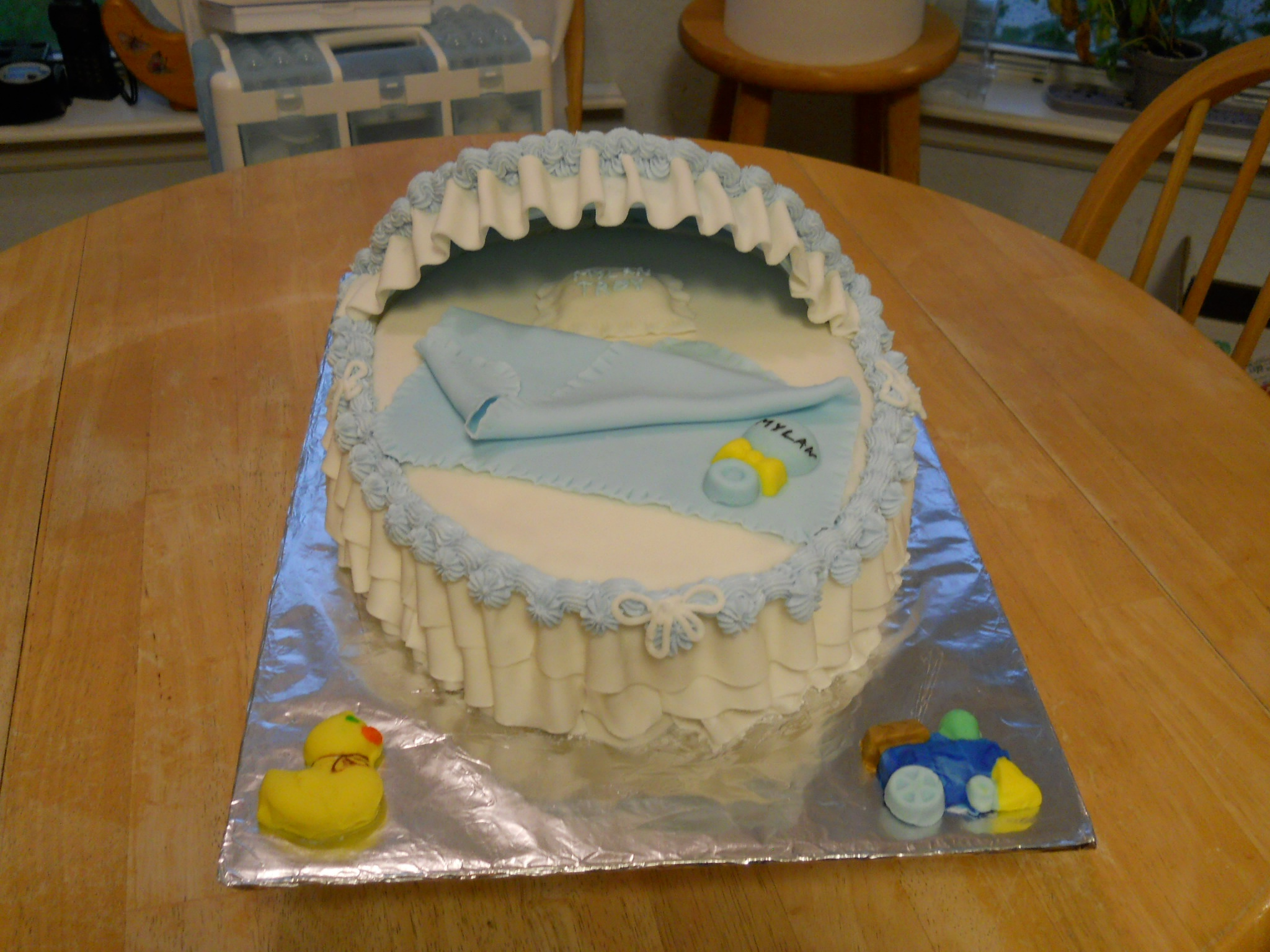 Baby shower Bassinet cake  by Susie Price Williams