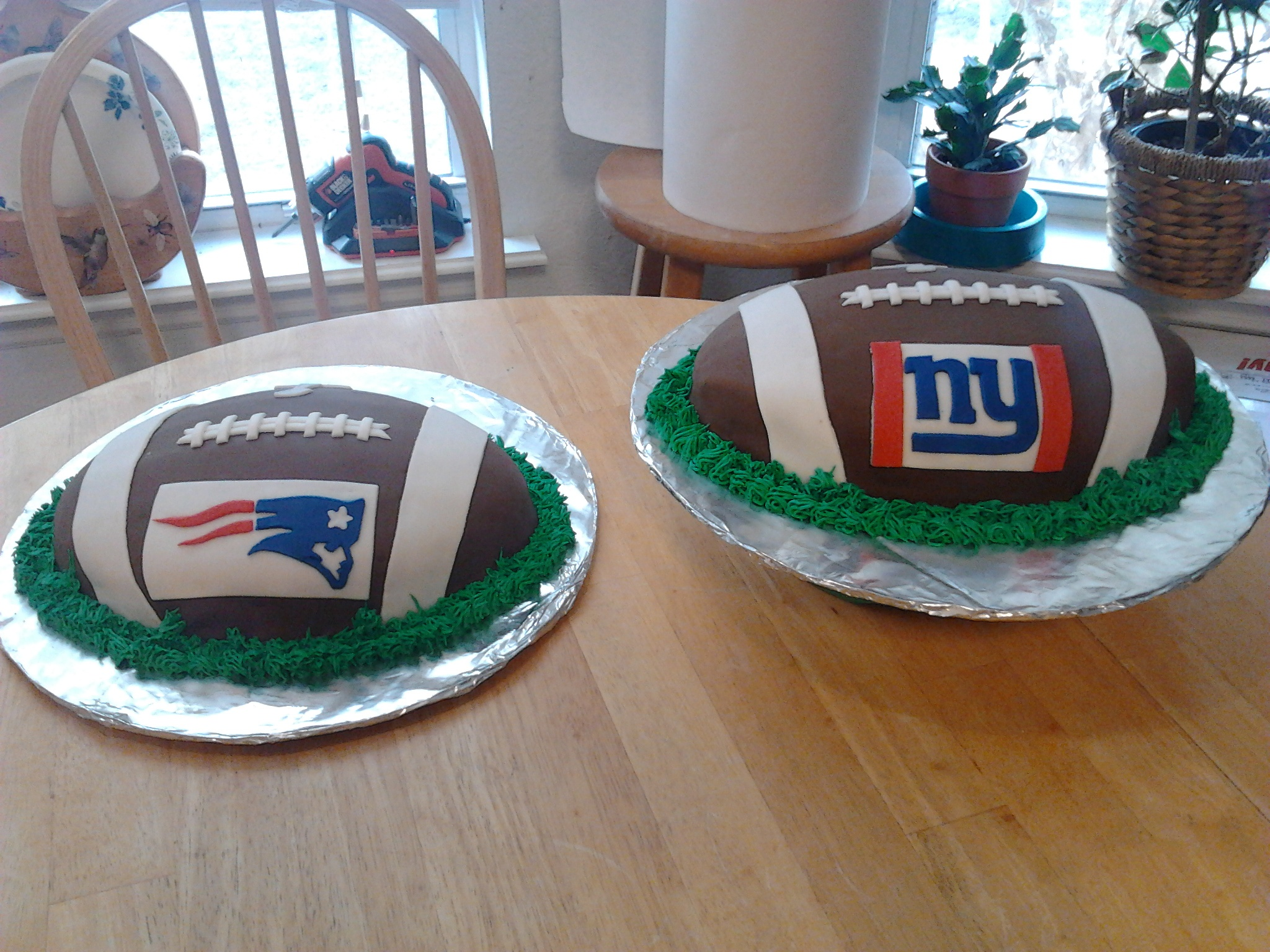 Supper Bowl cakes by Susie Price Williams