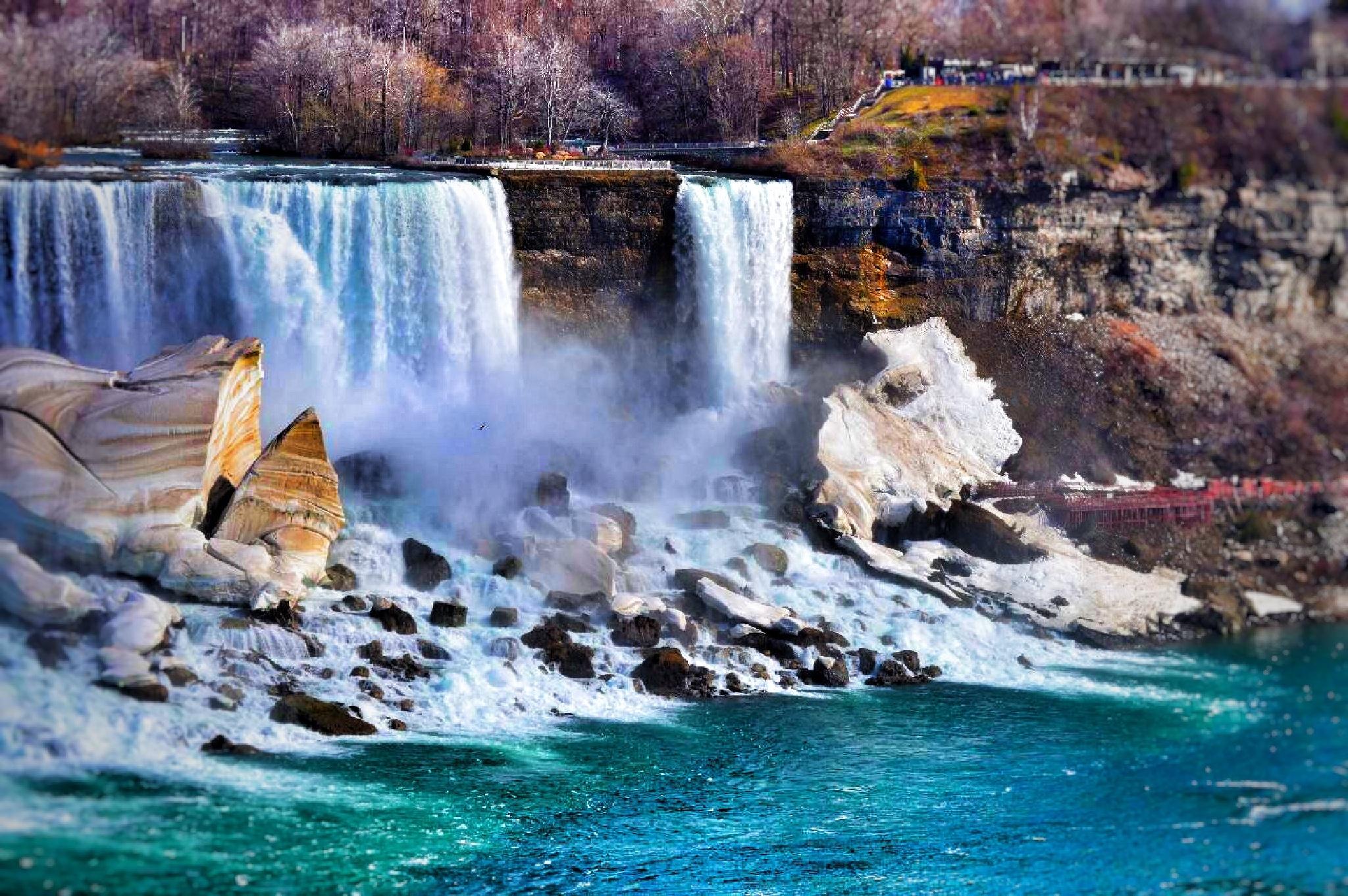 Niagara Falls by OmranOo Elgallal