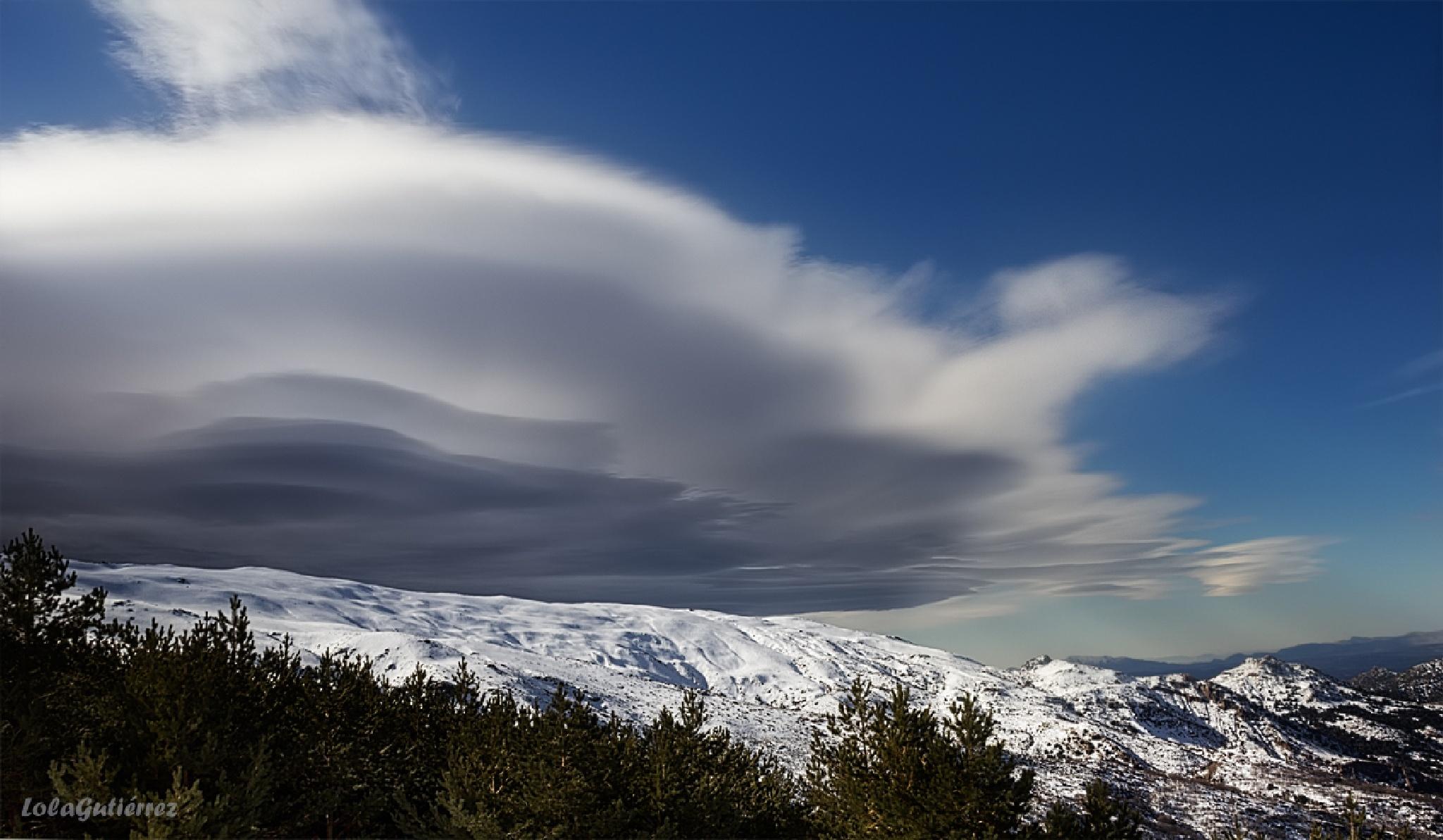 The cloud by Lola Gutierrez