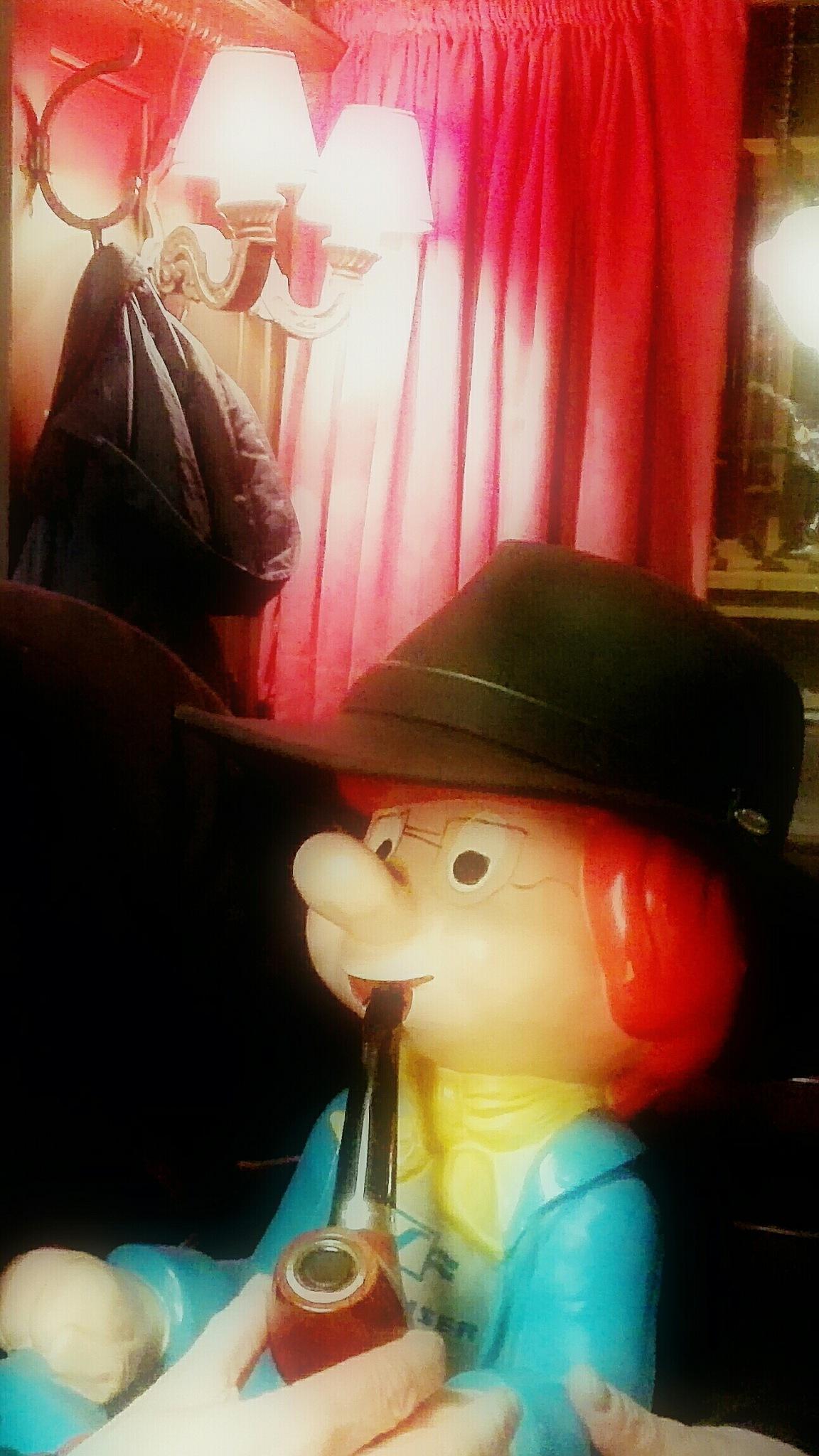 pipesmoking redhead figure by hermantaels