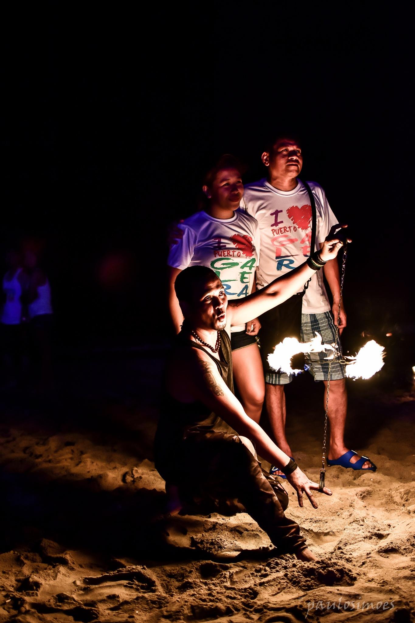 Nights on fire  by Paulo Nix