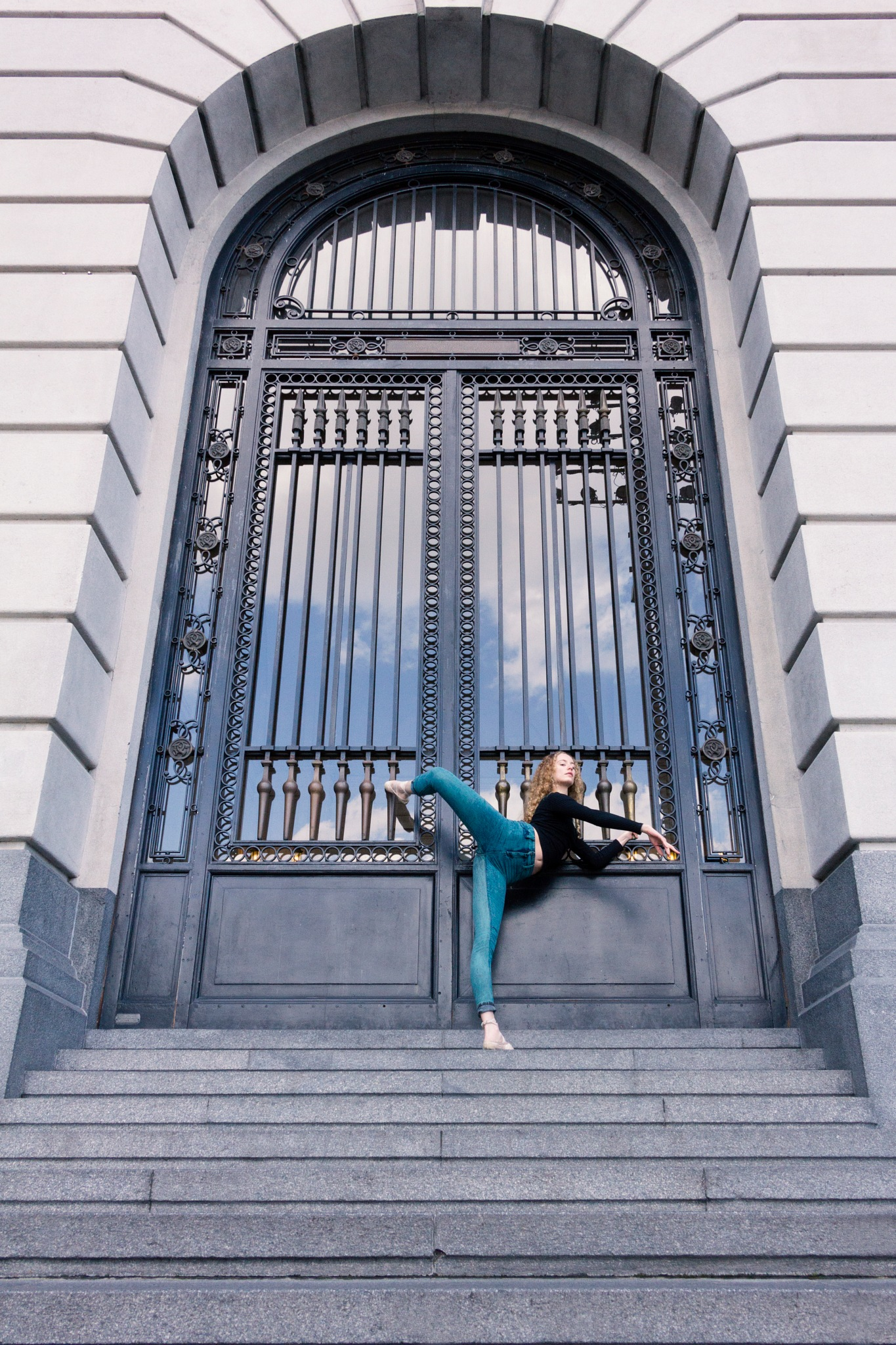 Knocking on heavens door by Daniela Lewkow