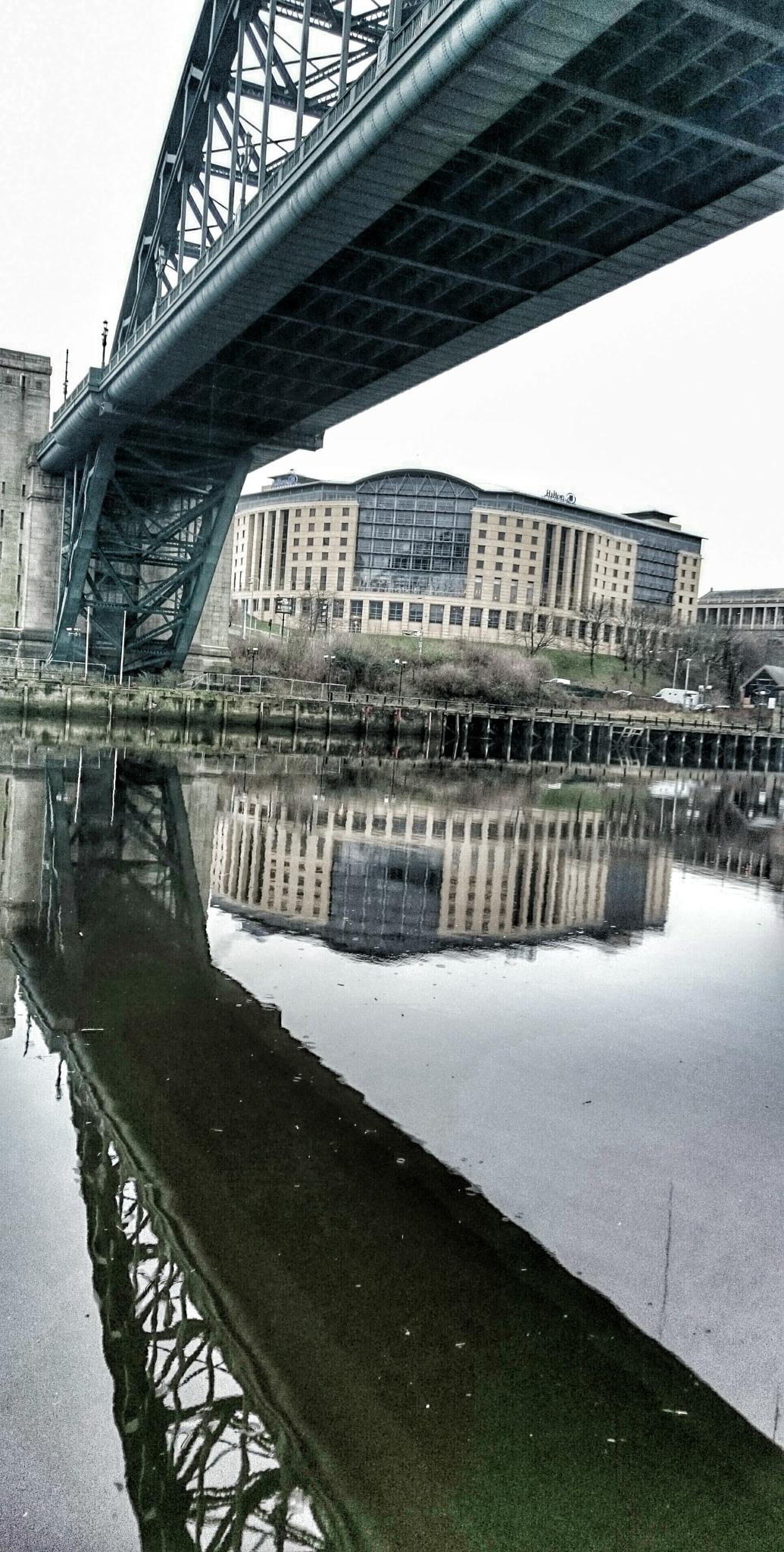 Tyne Bridge reflection  by Darren Turner