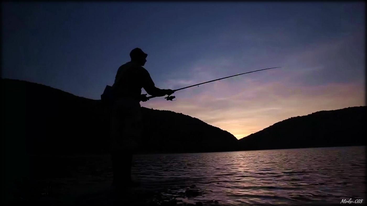 Сутон и риболовац / Sunset and fisherman by Јовица М