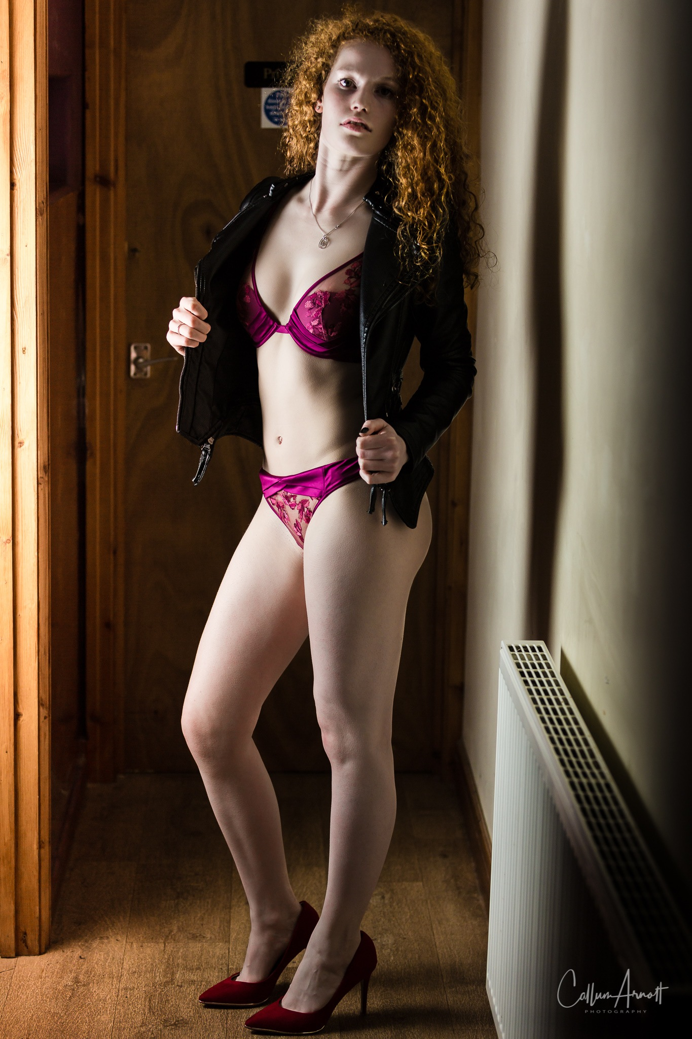 Corridor girl by Captured Models