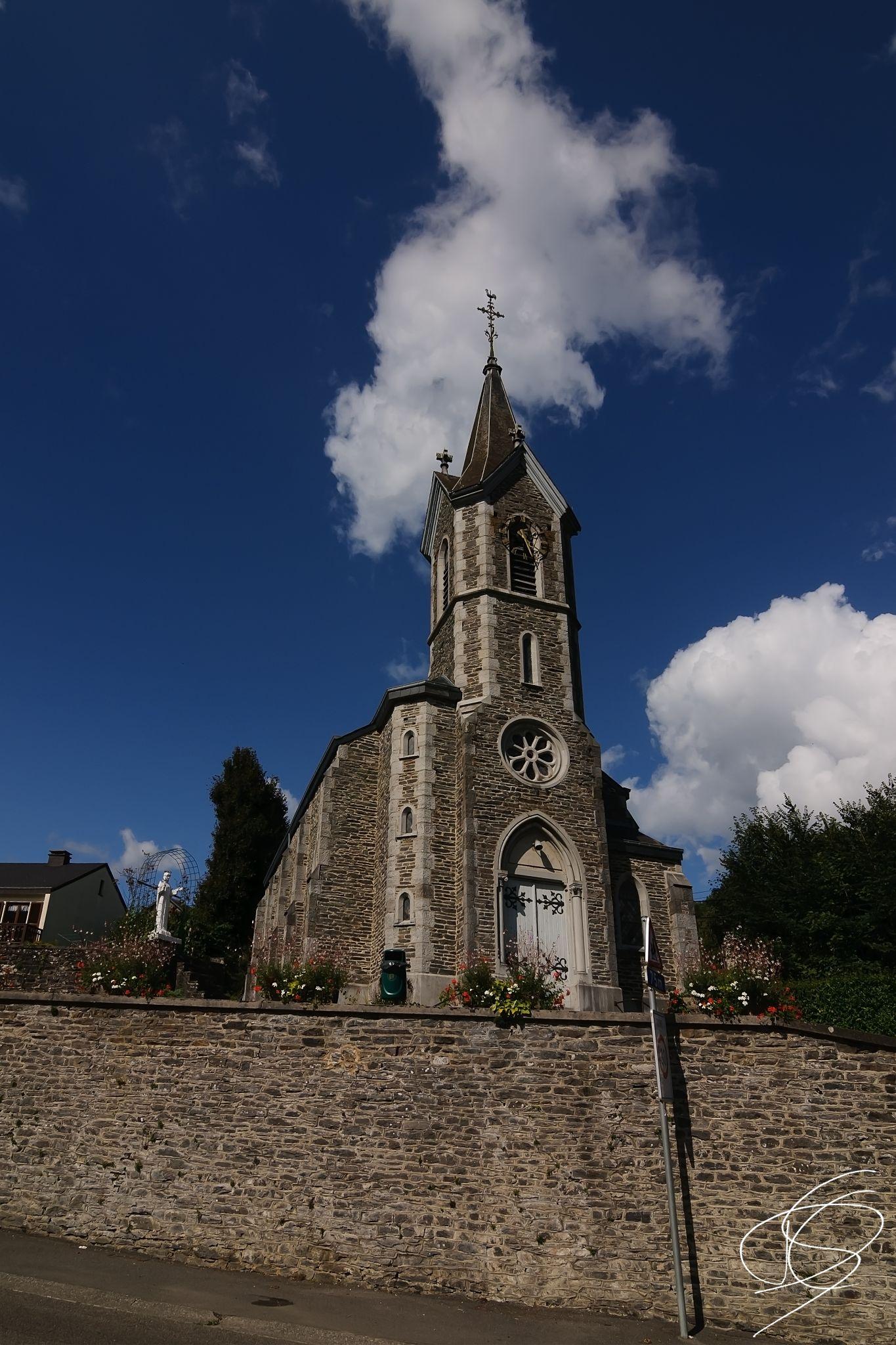 Belgium church by Daniël Schuiling