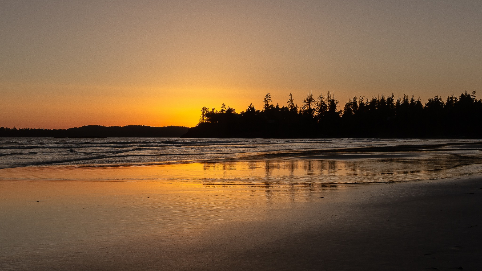 Tofino sunset by ink59