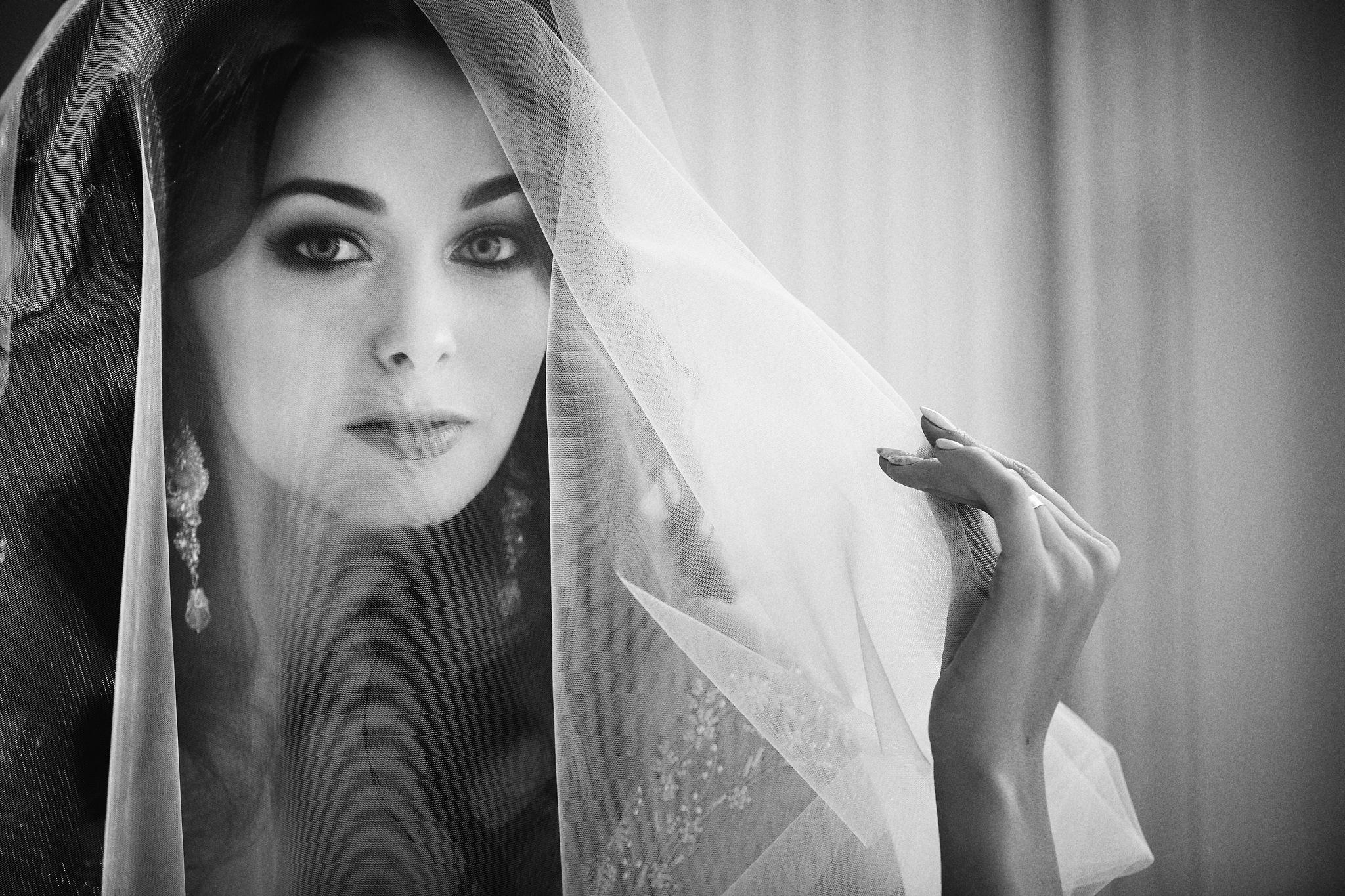 Eyes bride by Pavel Skvortsov