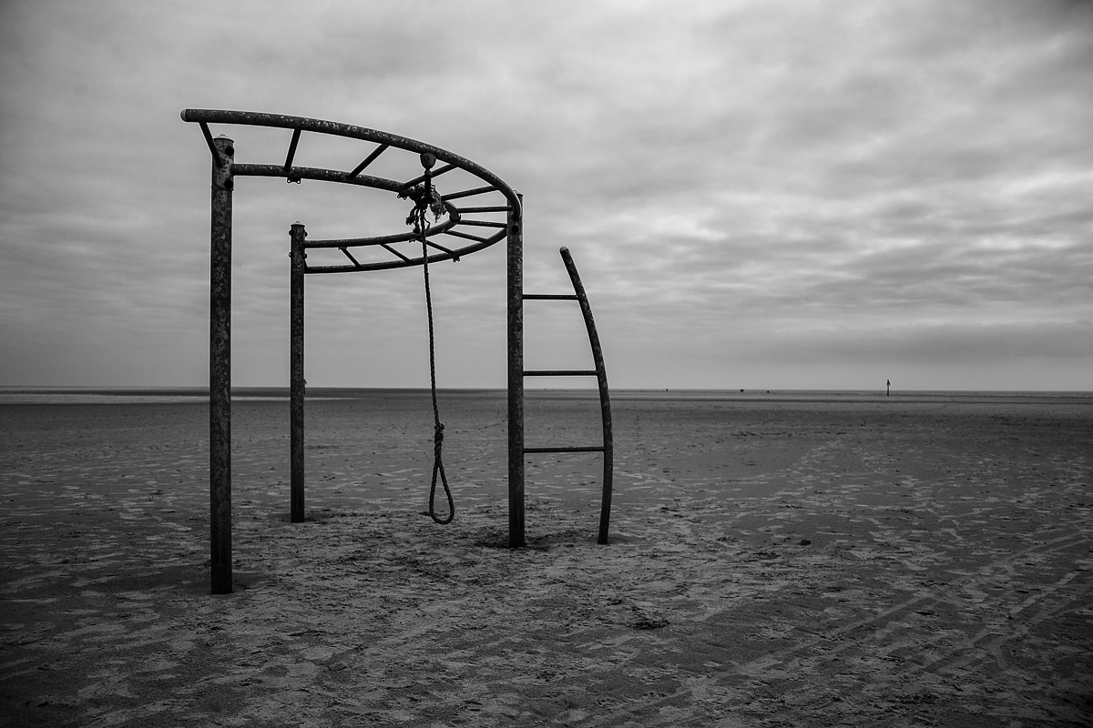 Beach at North Sea, February 2016 by Anne Hufnagl