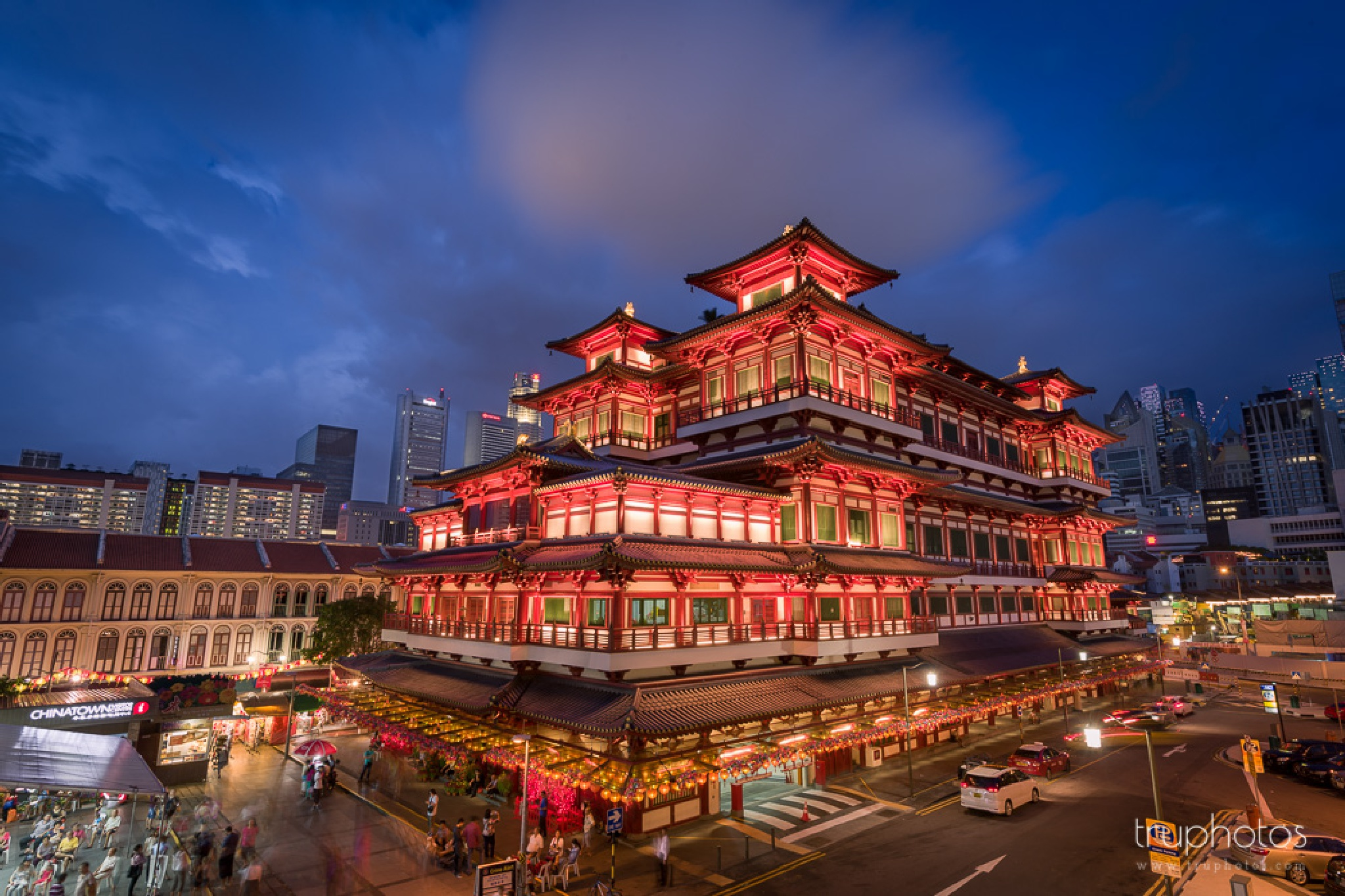 Chinatown landmark | Singapore Travel Photographer by truphotos