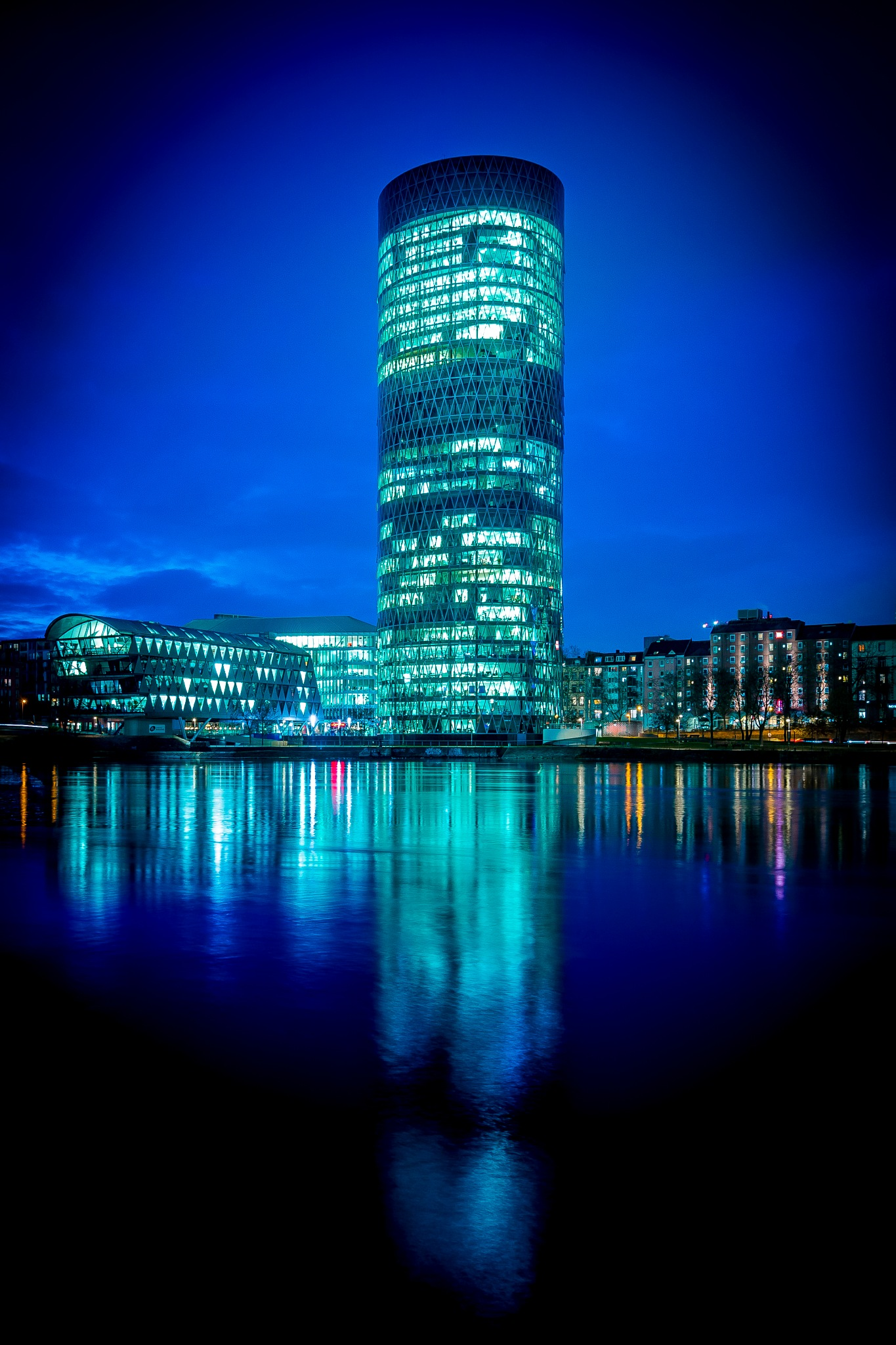 Frankfurt Geripptes by defconone