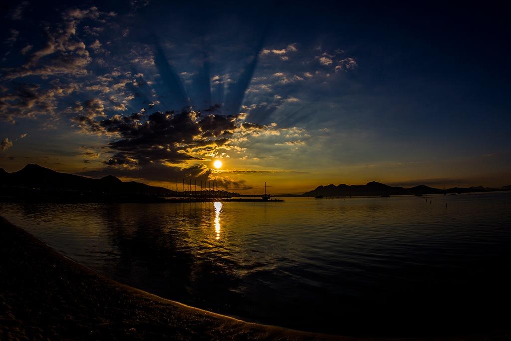 Puerto Pollensa Sunrise by captureasecond
