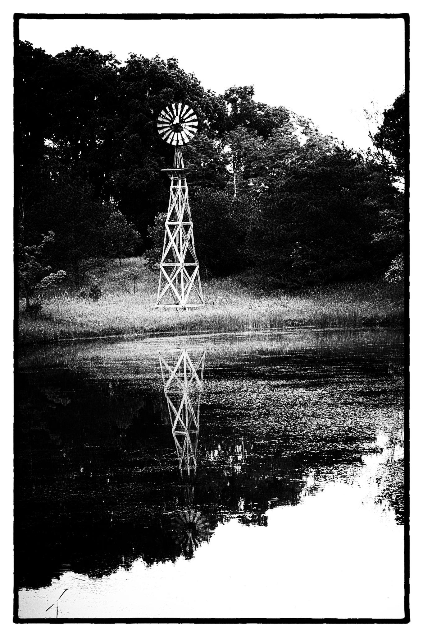 Windmill by chuckhildebrandt7