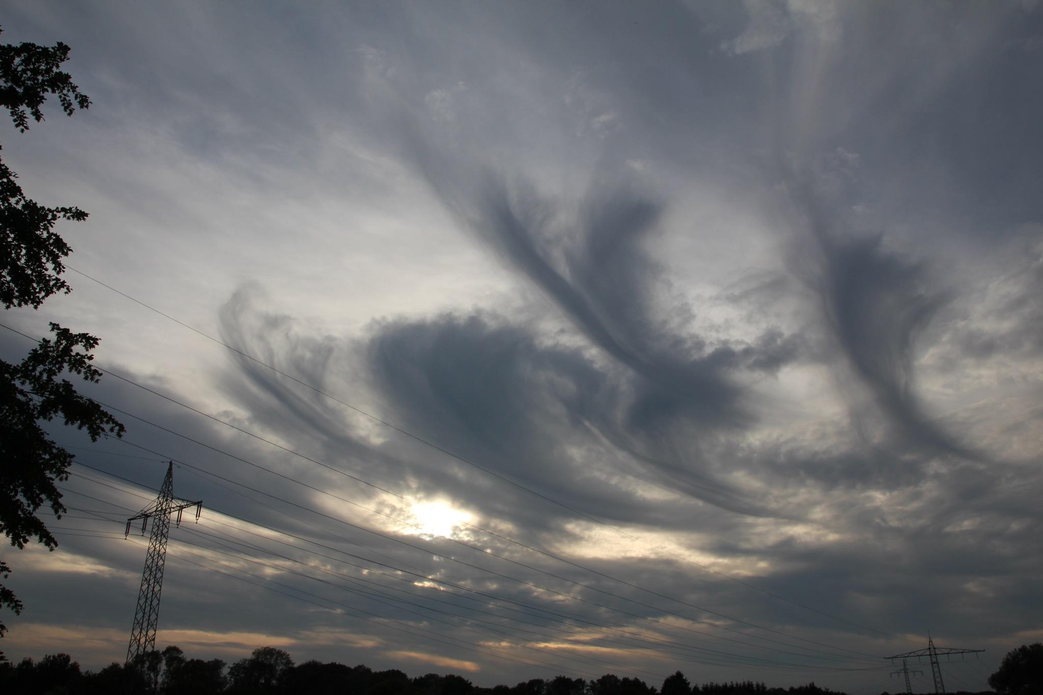 seltsame Wolken by Karl Dulleck