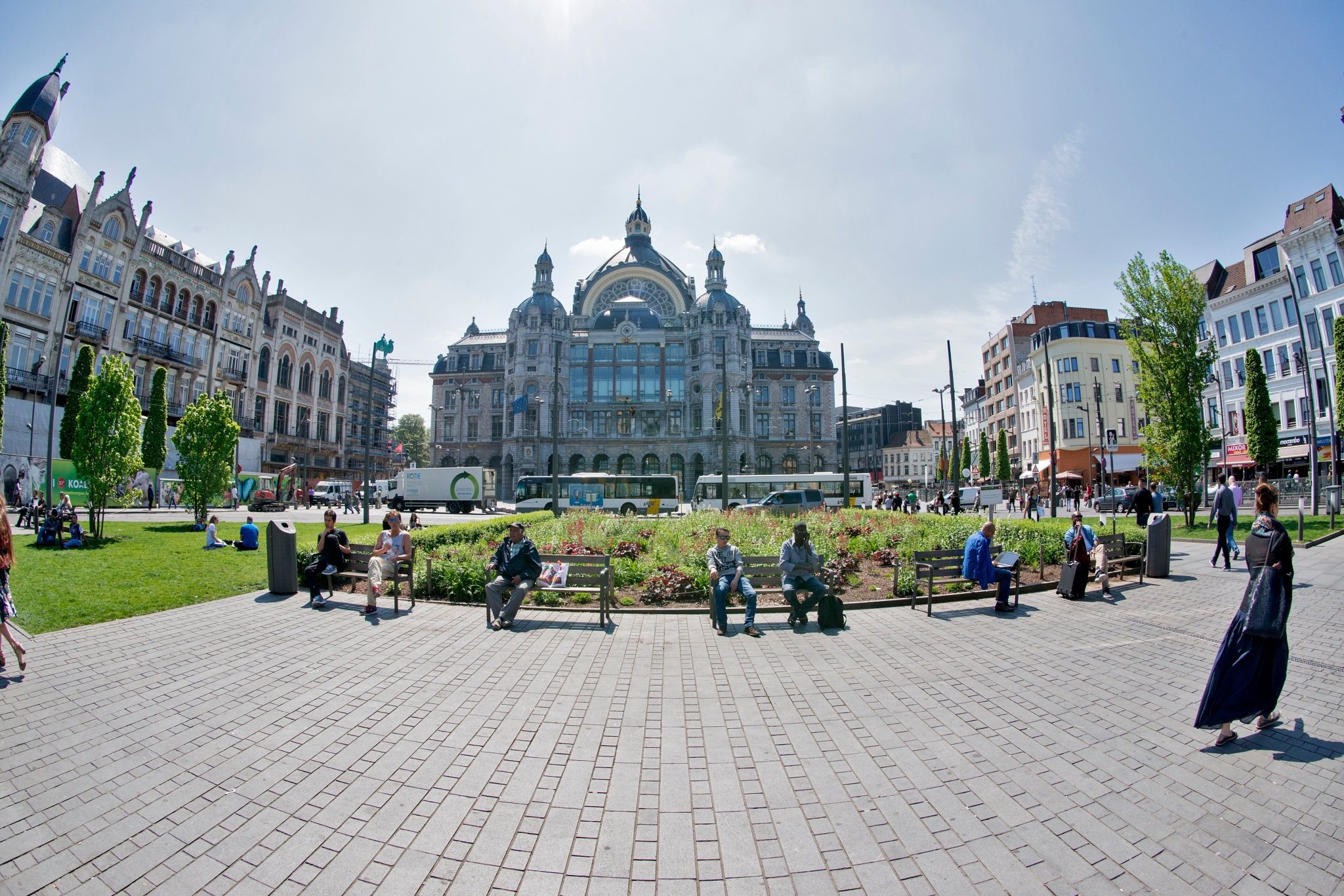 Centraal Station by Etienne de Maeyer