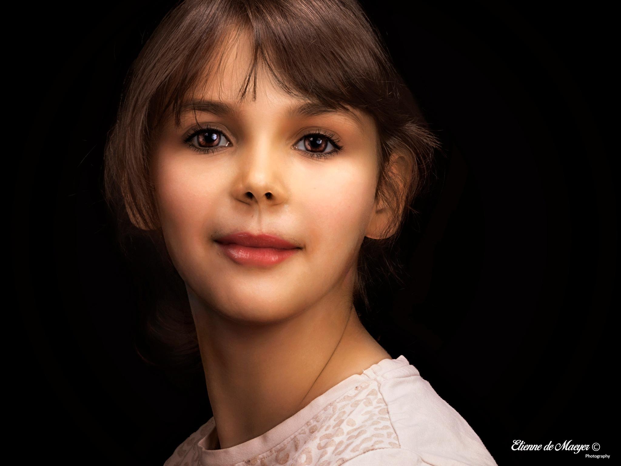 Photo in Portrait #sofietje #eyes #tintinian