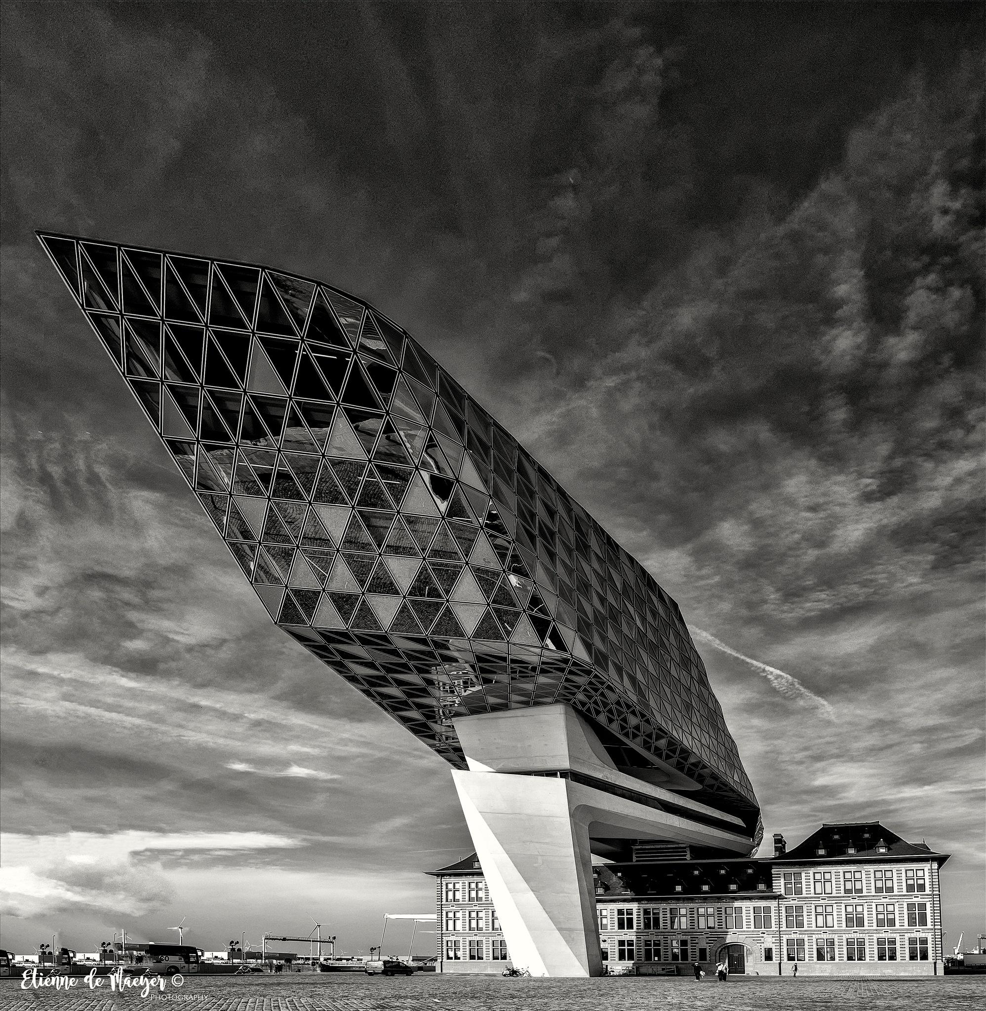Antwerpen by Etienne de Maeyer