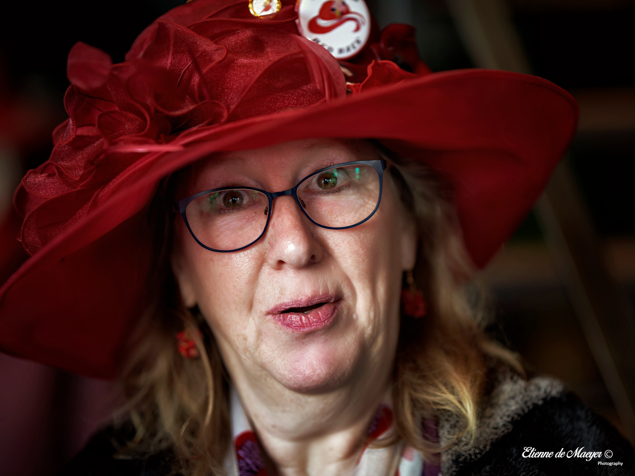 Photo in Portrait #red hat society #red #hat #glasses #tintinian