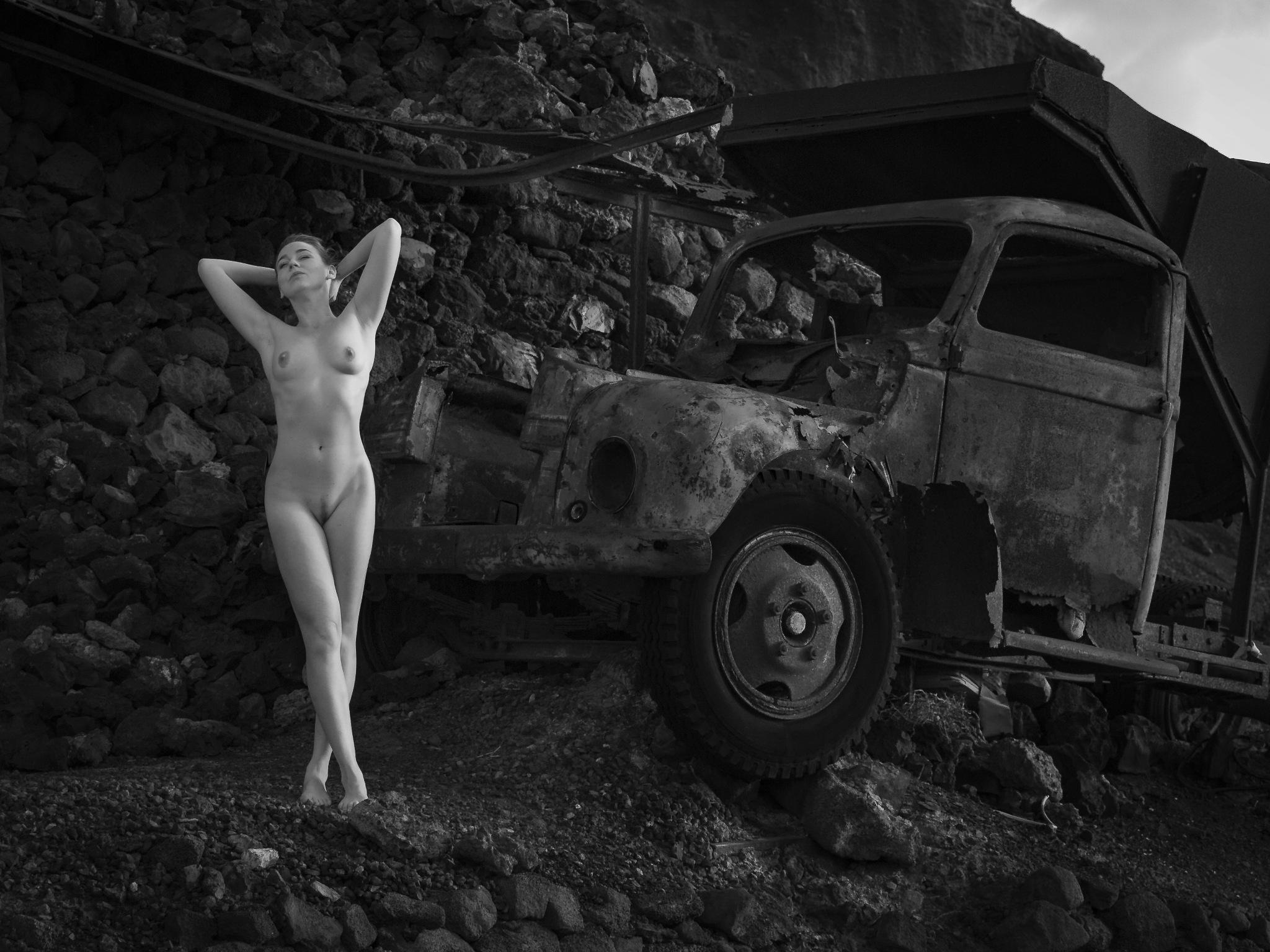 old truck ... by thomasschwarzarbeit