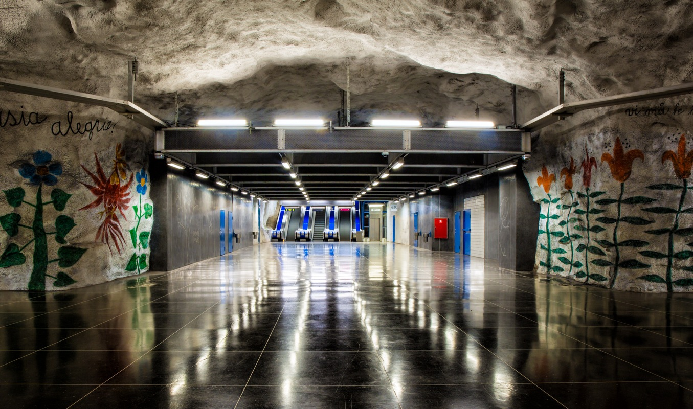 Tunnel by Walter Quirtmair