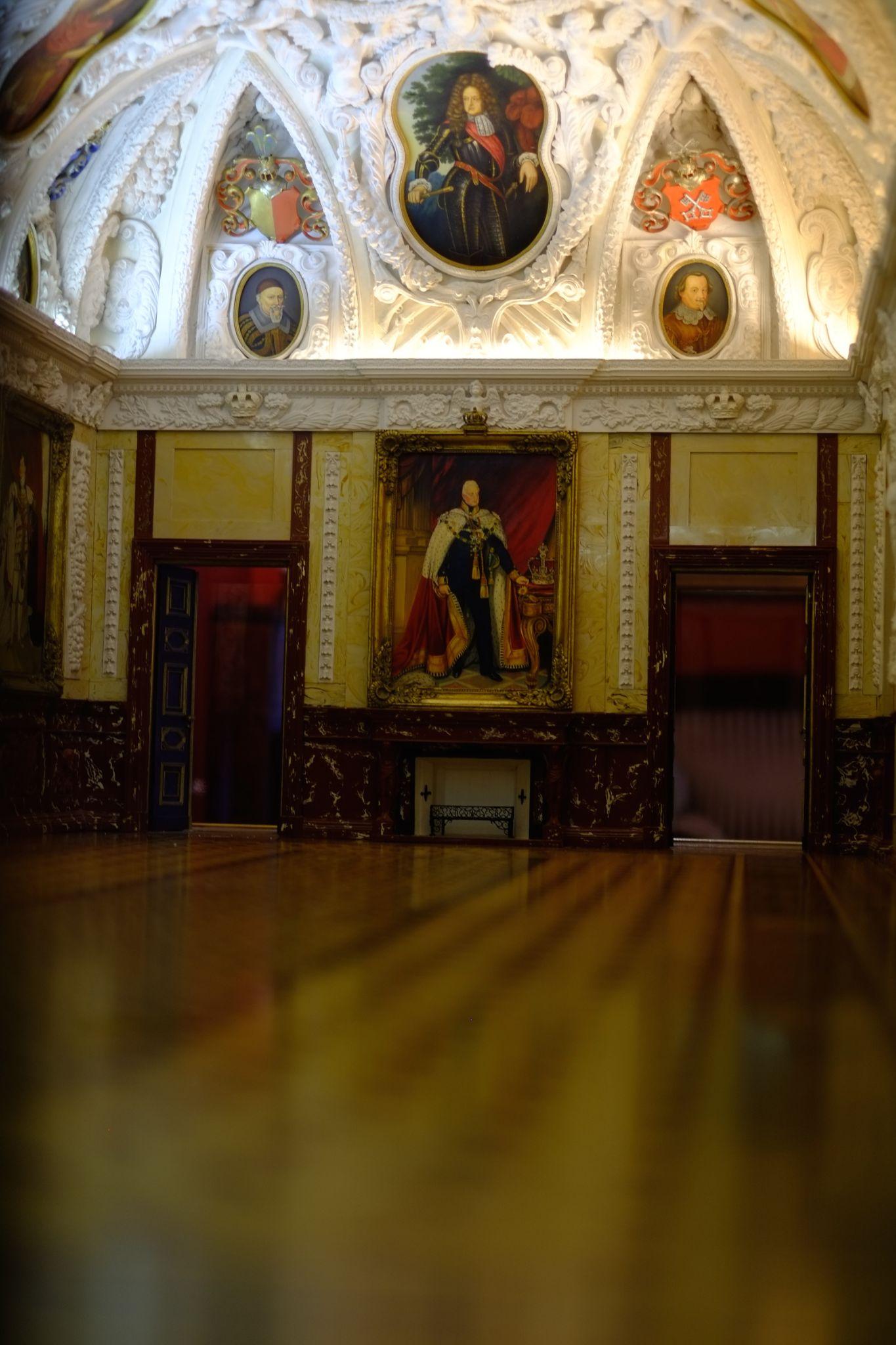 Palast by peterkryzun