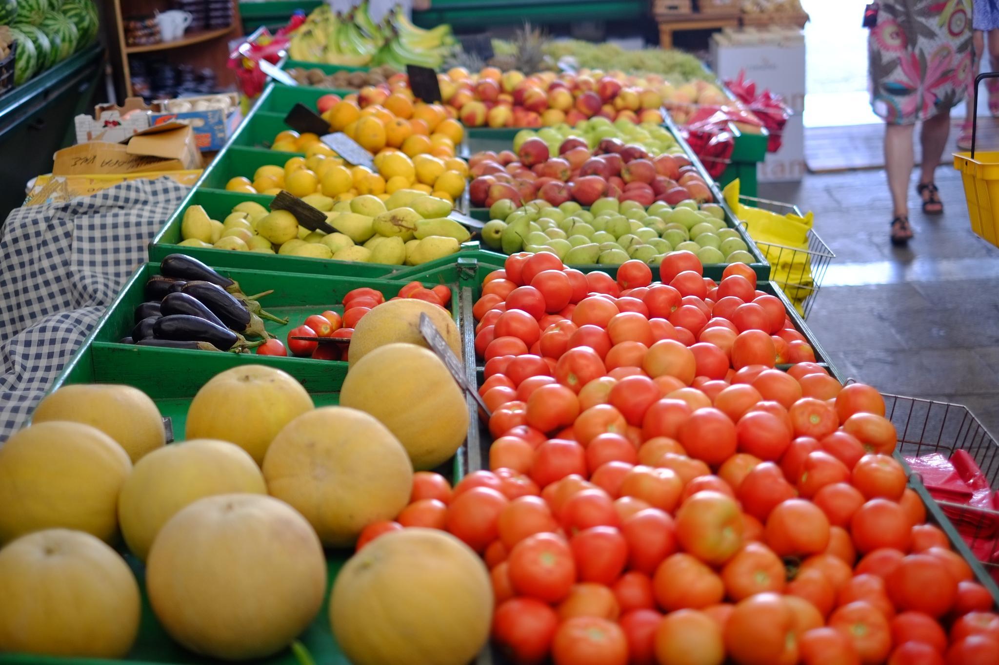 Fruits by peterkryzun